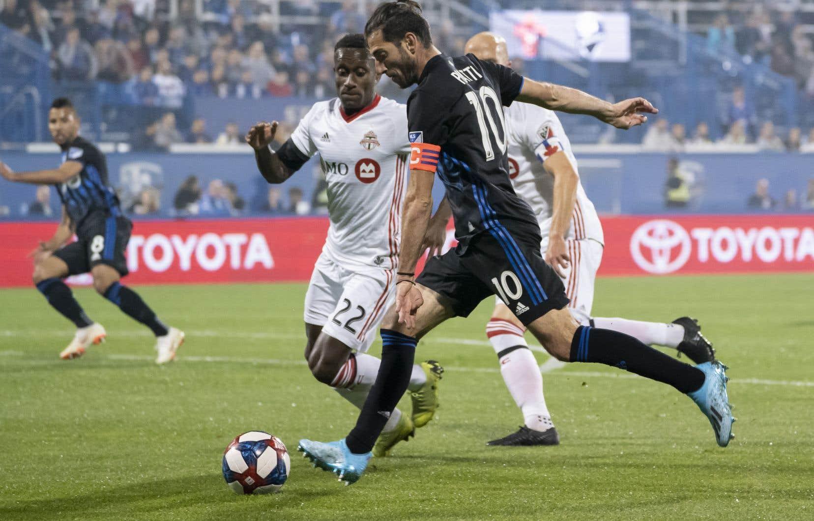 Ignacio Piatti,qui a obtenu une quantité d'occasions de marquer lors de cet affrontement, a marqué son quatrième but du tournoi, permettant à son équipe de mener 1-0 dans cette finale.