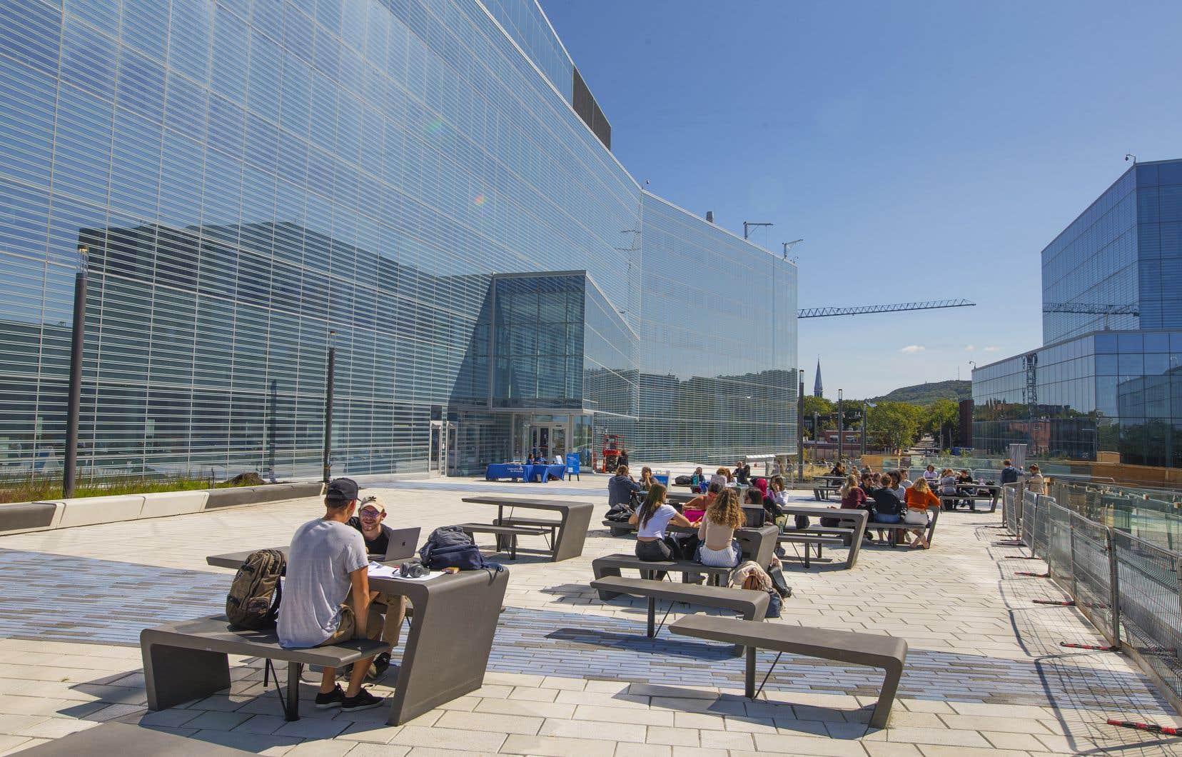 Nouveau campus UdeM, complexe des sciences