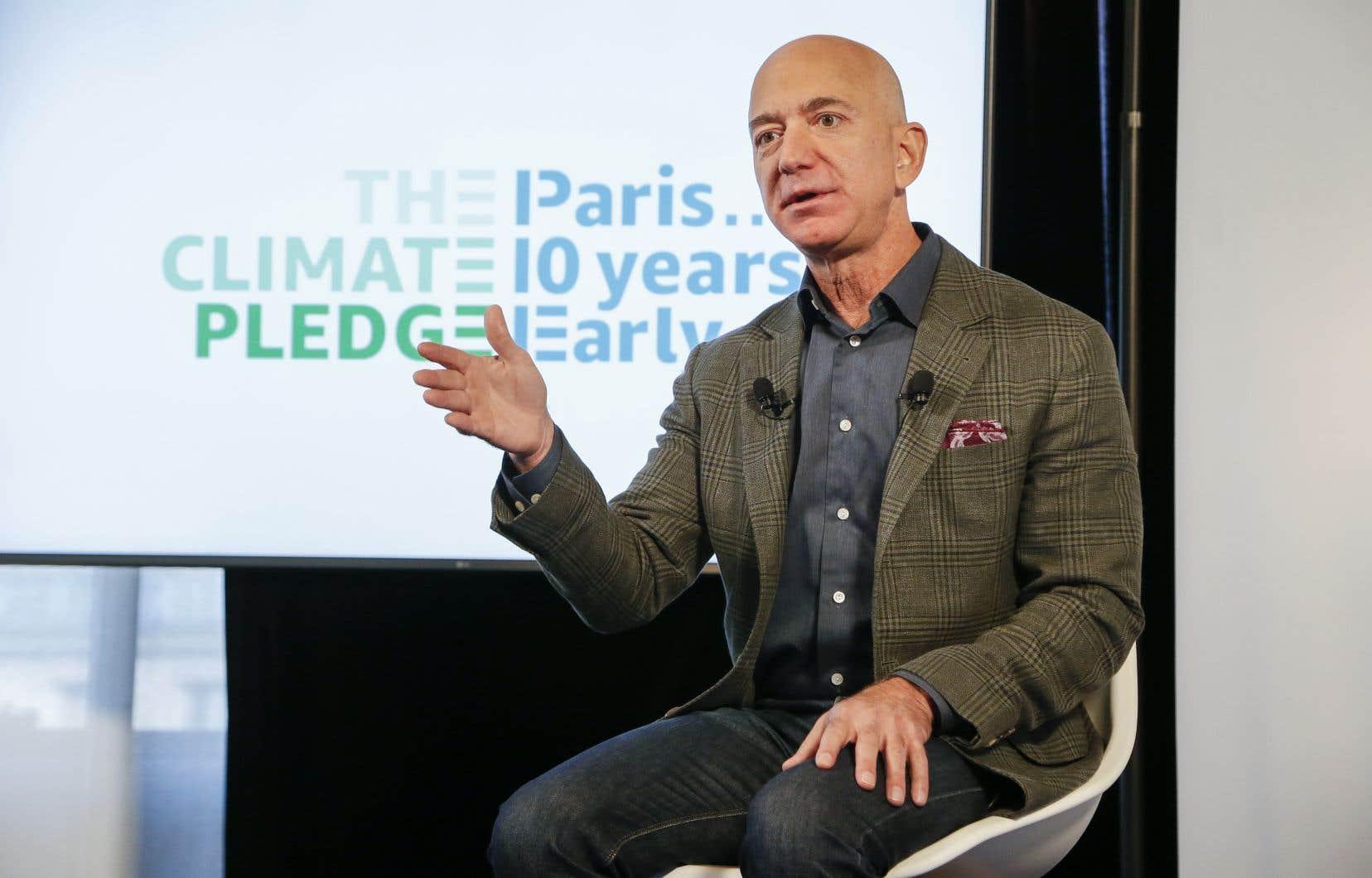 «Mon engagement est de remplir les objectifs de l'Accord de Paris avec 10ans d'avance», a expliqué Jeff Bezos, le fondateur d'Amazon, au cours d'une conférence de presse à Washington.