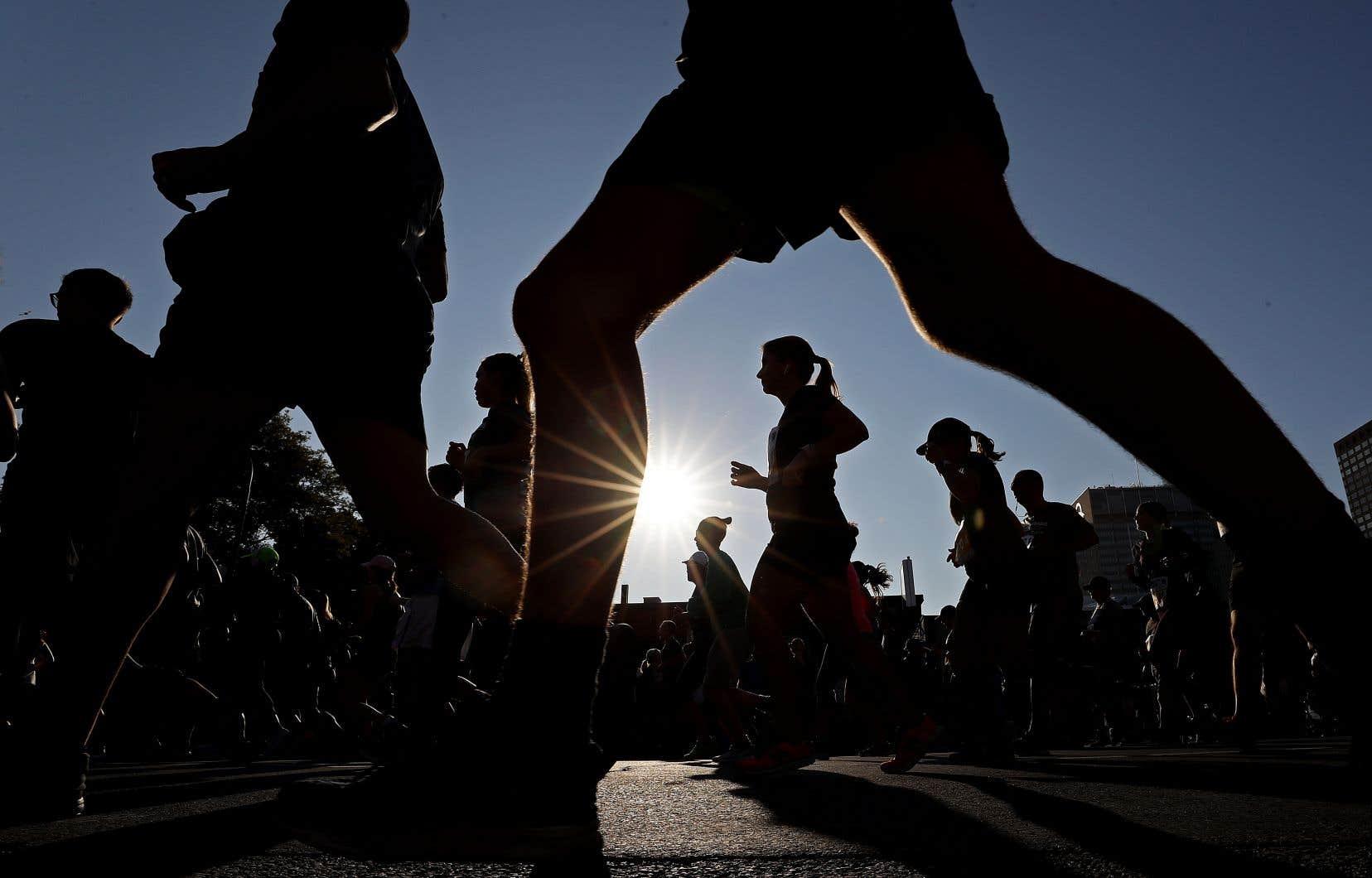 Un homme de 24 ans est décédé dimanche lors du marathon de Montréal.