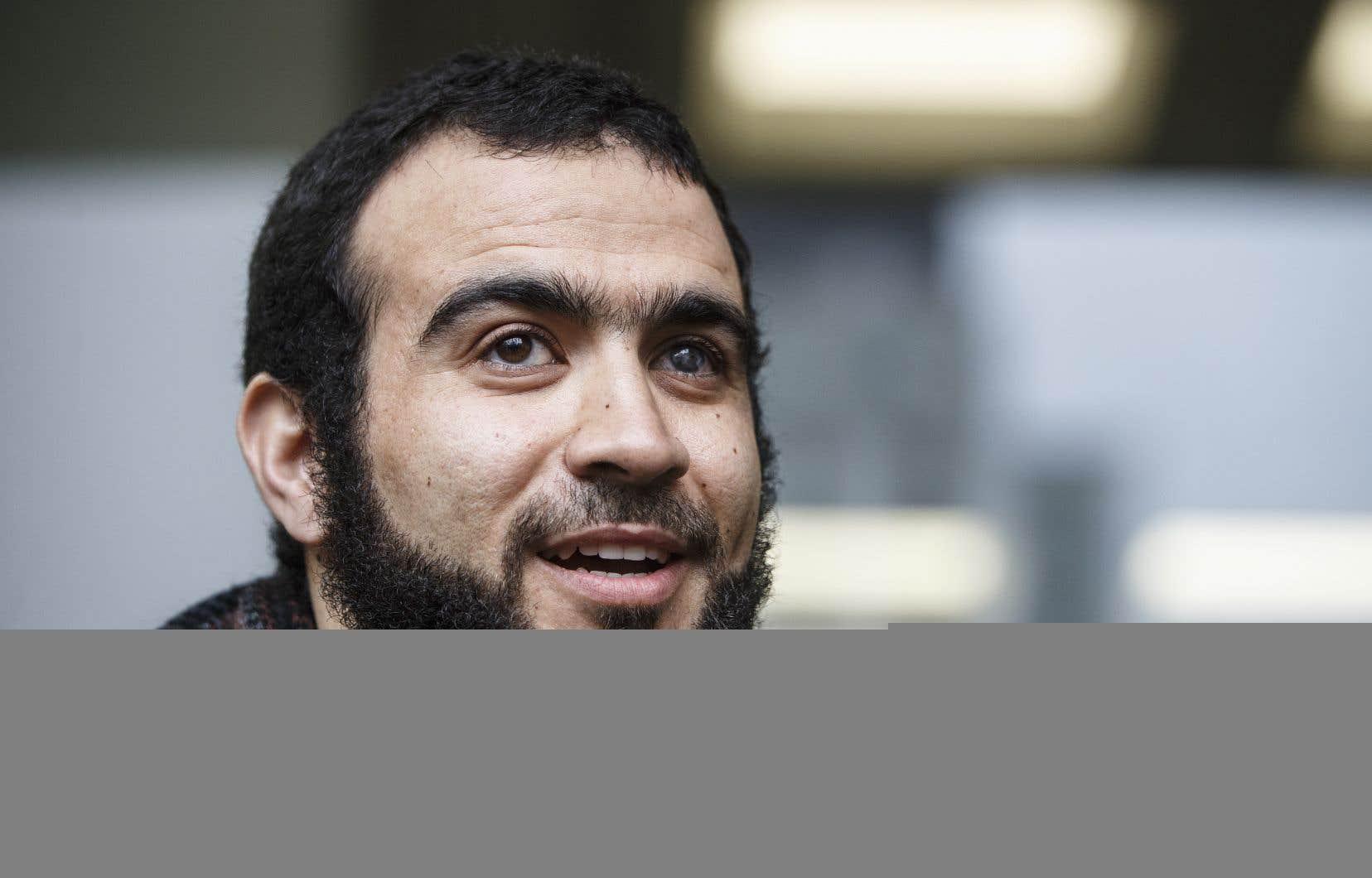 Omar Khadr, originaire de Toronto, tente de rétablir sa réputation depuis que les Américains l'ont transféré au Canada en septembre 2012.