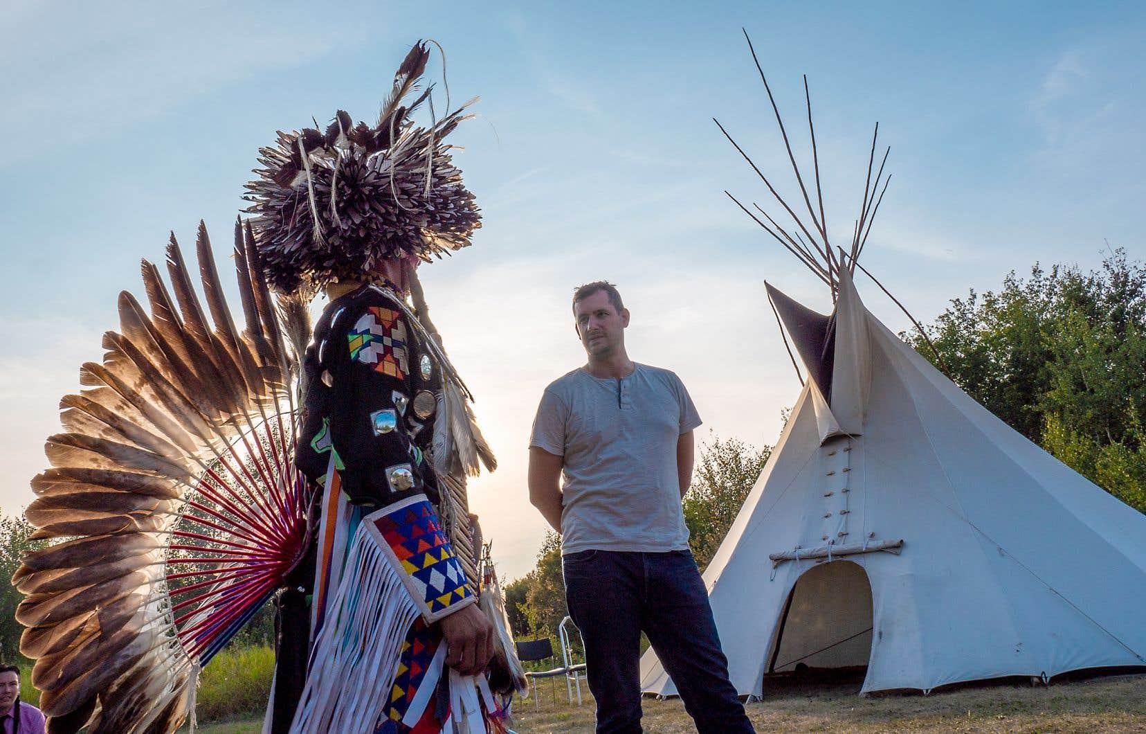 Dans l'émission de téléréalité «First Contact», dont une version en français verra bientôt le jour, six Canadiens entretenant des préjugés défavorables envers les Autochtones sont invités à passer quelques semaines en compagnie de membres des Premiers Peuples.