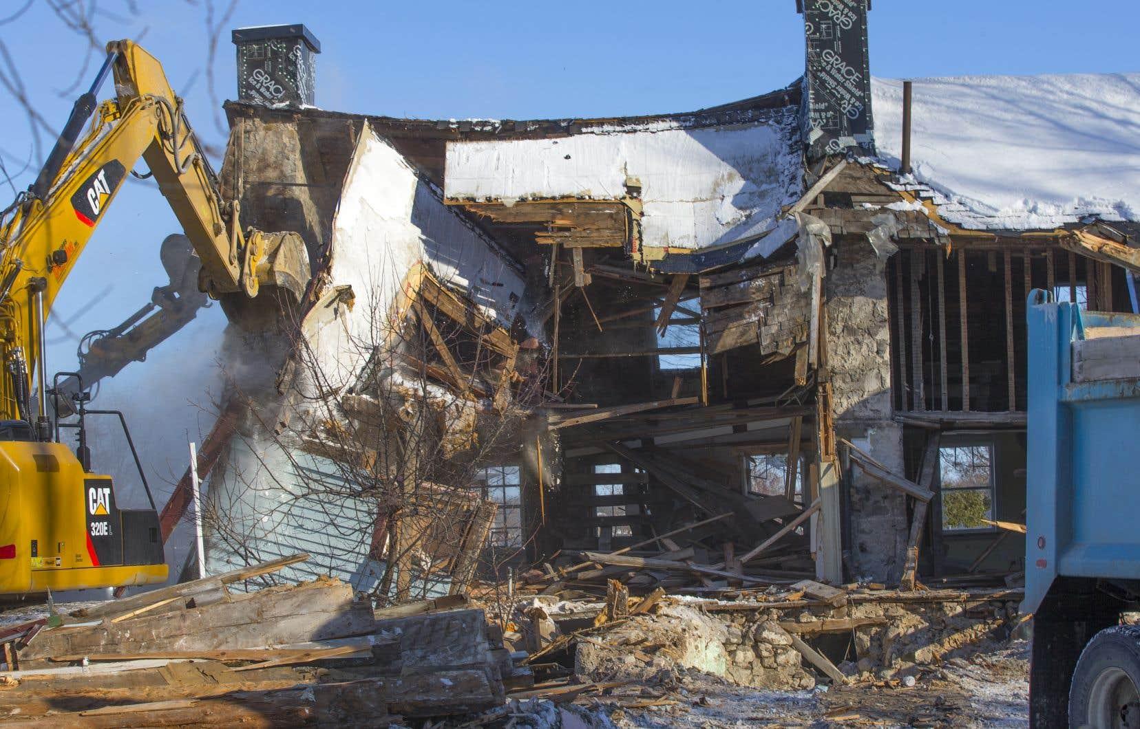 Démolition de la maison Boileau, à Chambly, en novembre 2018