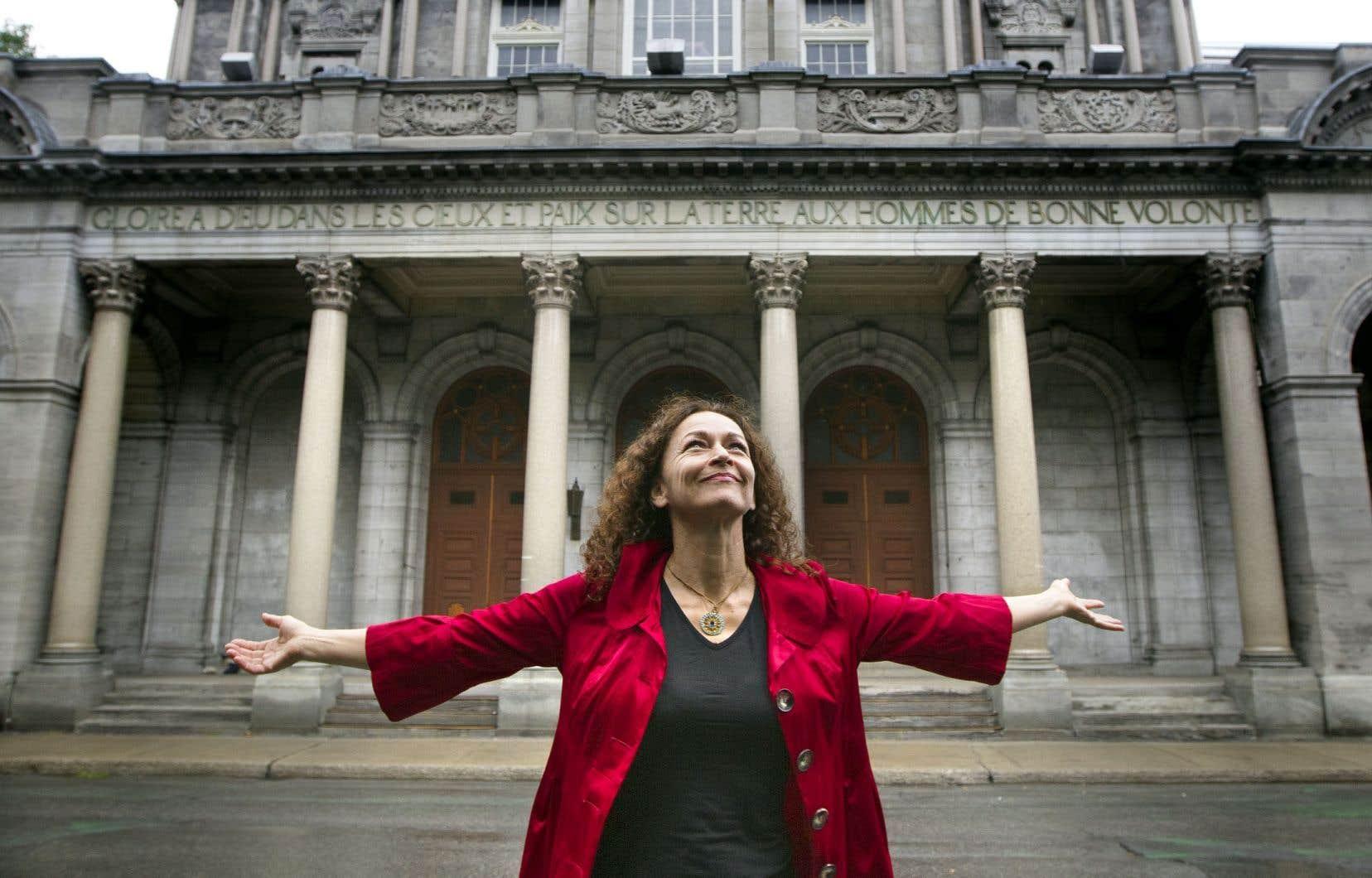 L'auteure et comédienne Sylvie Drapeau figure parmi la liste des 70 finalistes des Prix littéraires du Gouverneur général.