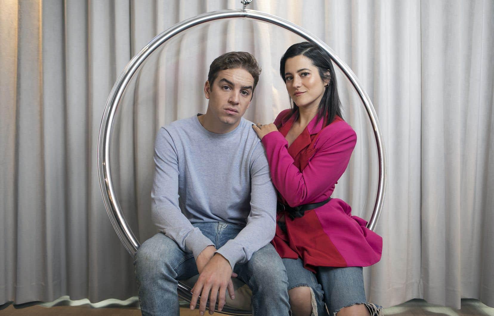 Pendant le tournage des scènes de baise semi-explicites, le fait que les acteurs Antoine Pilon et Catherine Brunet forment un vrai couple a permis d'éviter (en partie) les malaises et les débordements.