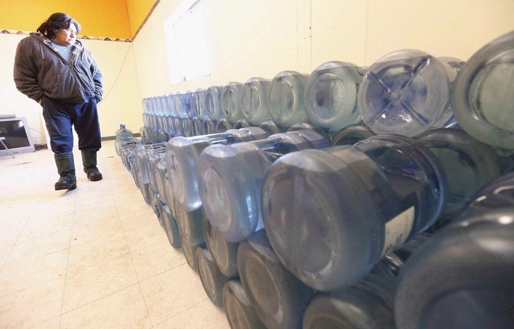 À l'heure actuelle, pas moins de 56 territoires autochtones doivent faire bouillir son eau avant consommation dans l'ensemble du pays.