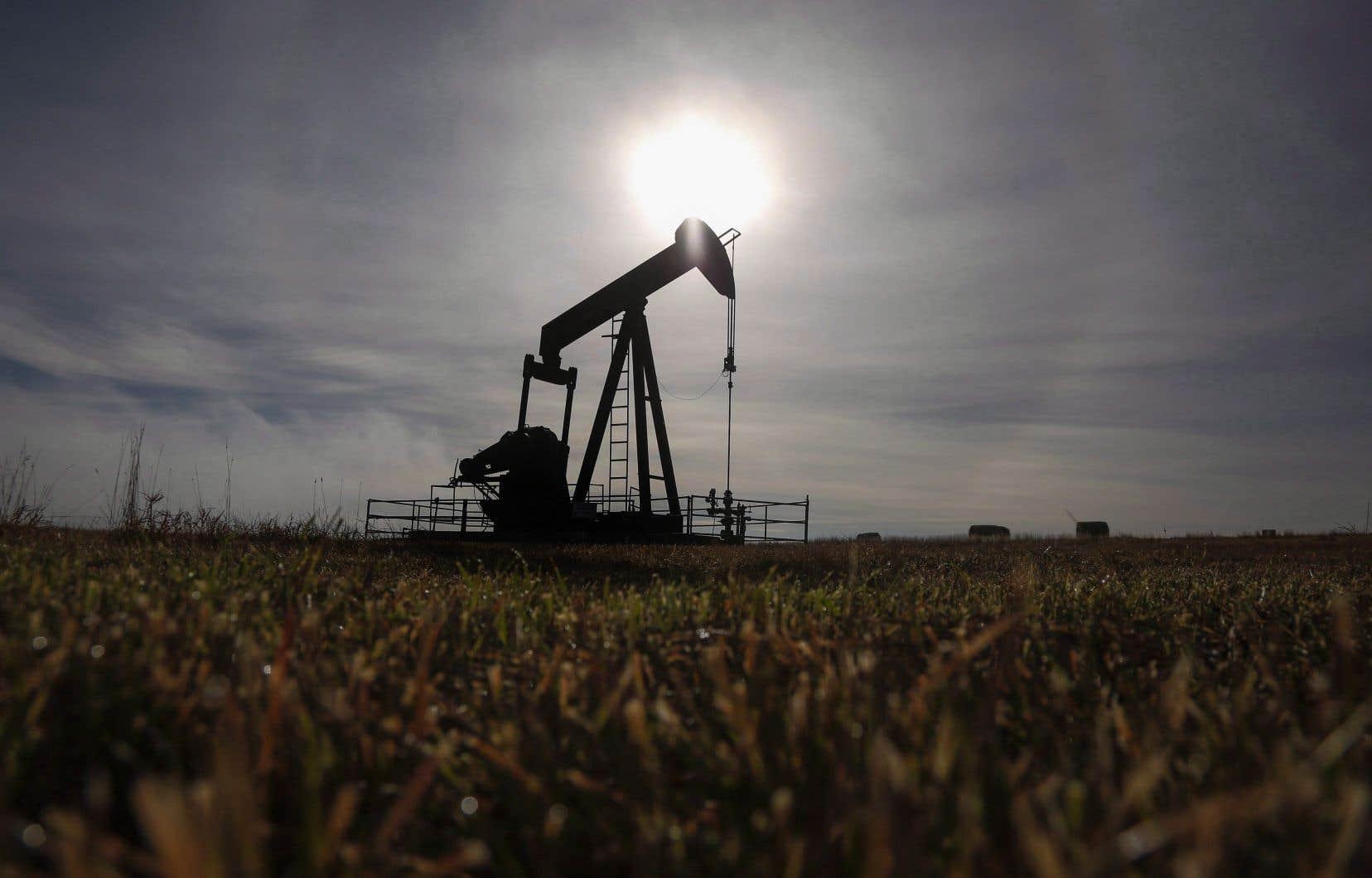 L'Alberta tente de braquer les projecteurs sur sa vision selon laquelle une industrie des hydrocarbures forte en Alberta peut stimuler la création d'emplois dans tout le pays.