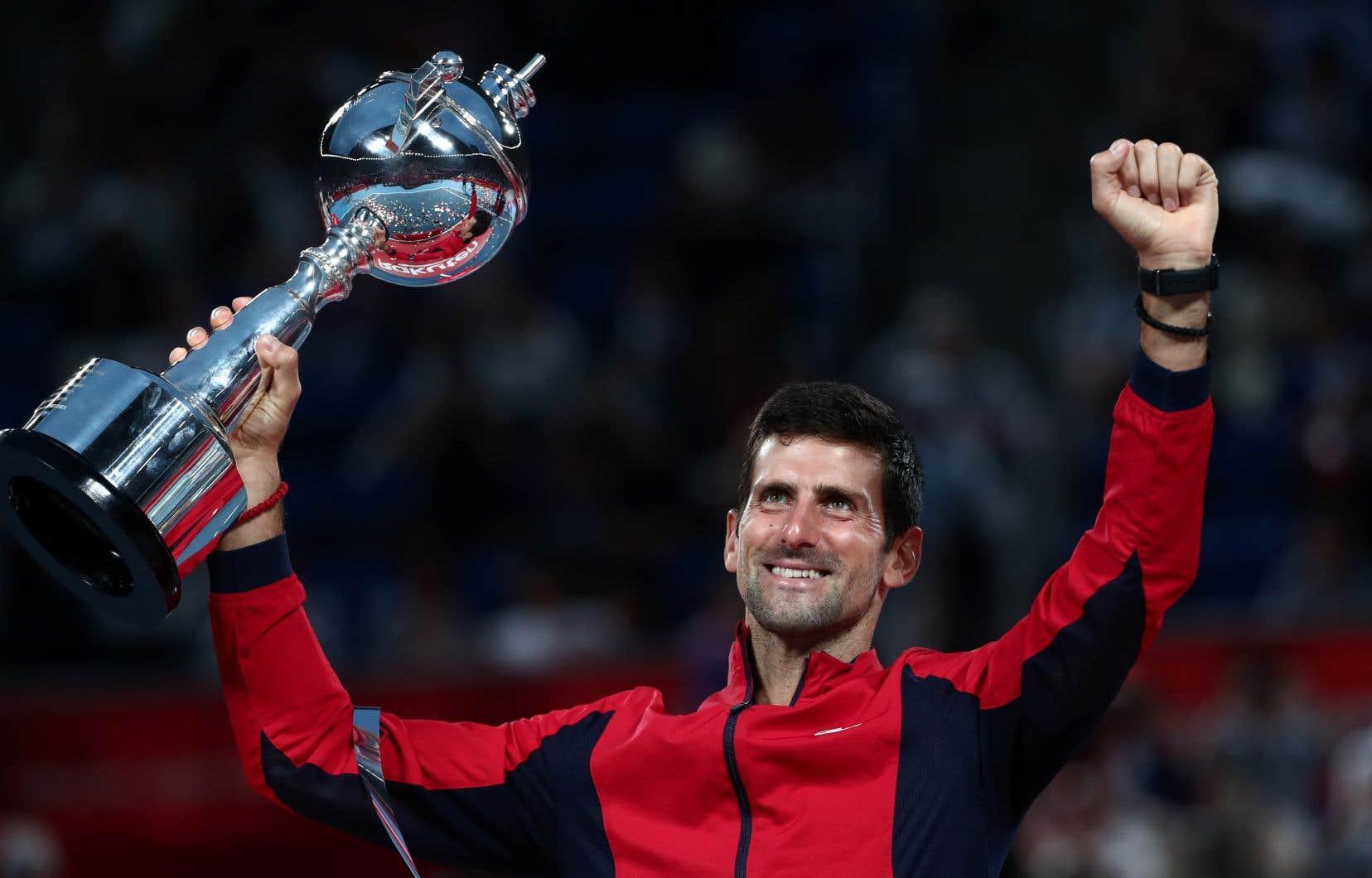 Novak Djokovica gagné le titre à sa première participation dans un tournoi pour la 10efois de sa carrière.
