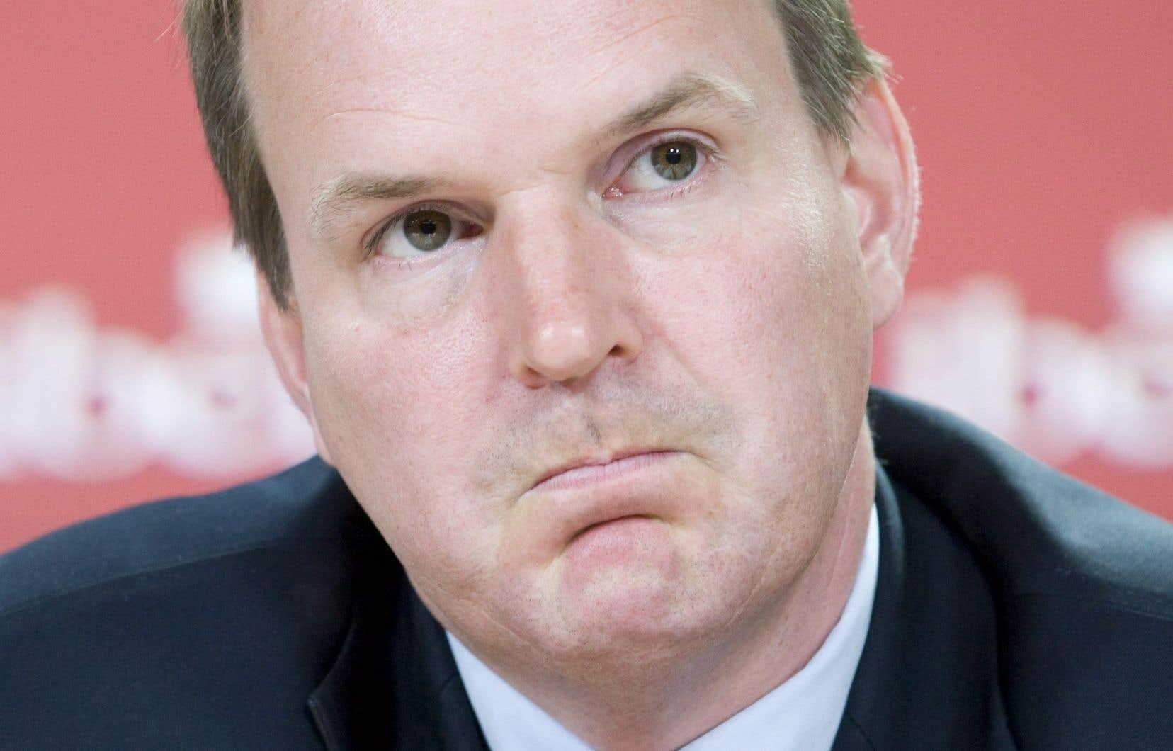 «Les conservateurs essaient de faire peur aux électeurs, en leur faisant croire que notre parti envisage d'imposer leur maison», dénonce le député libéral sortant de Gatineau, Steve MacKinnon.