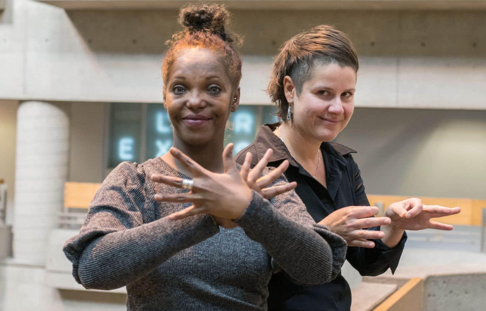 Hodan Youssouf animera le Cabaret de performances sourdes que Véronique Leduc a mis en scène avec Jack Volpe.