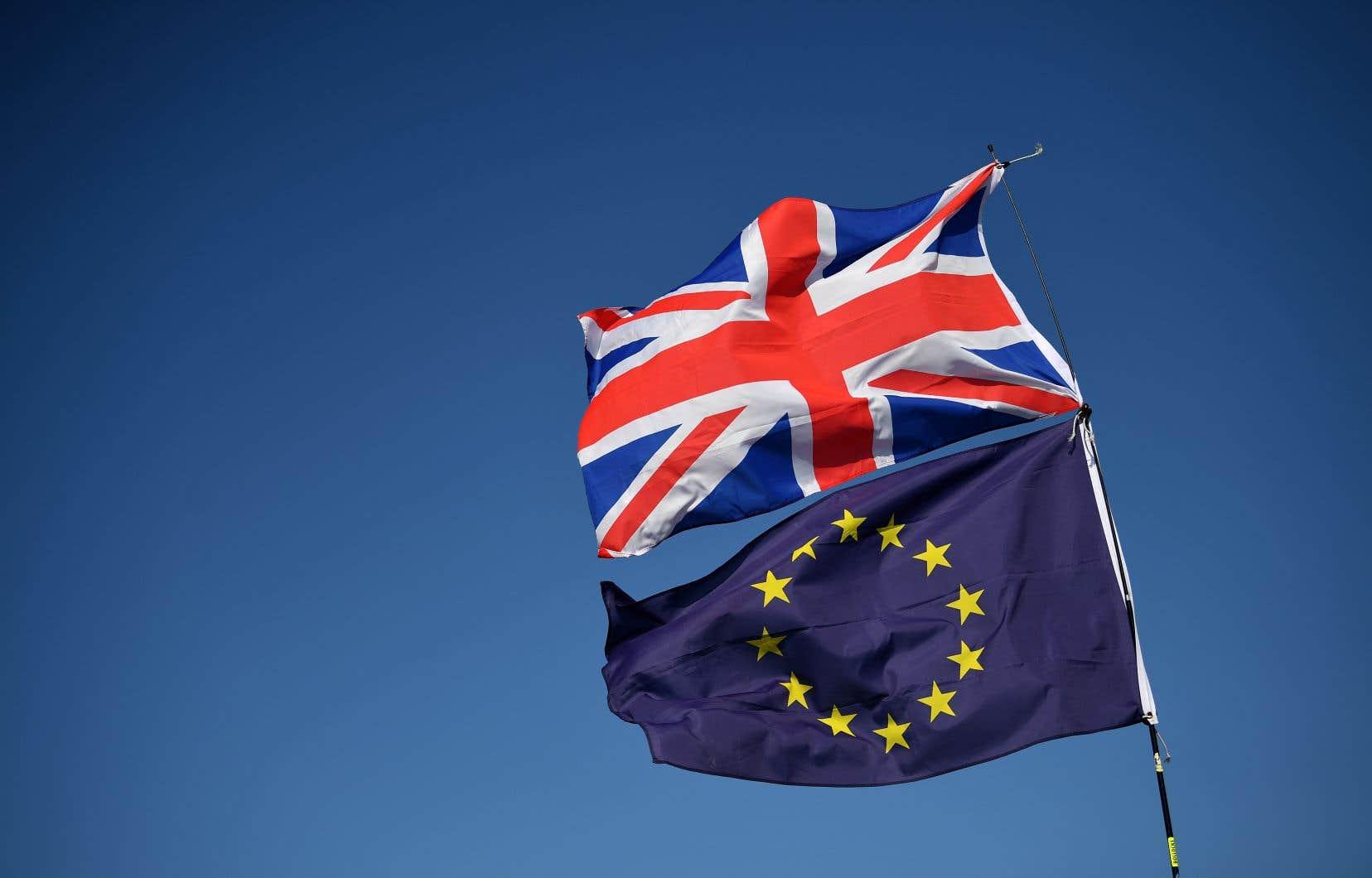 Londres et Bruxelles ne parviennent pas à s'entendre sur la manière d'éviter, après le Brexit, un retour à une frontière physique entre l'Irlande du Nord et la République d'Irlande.