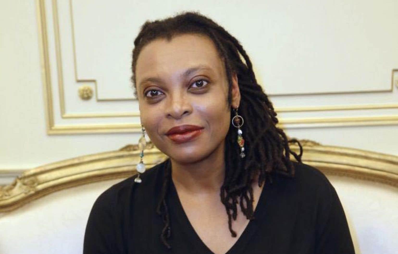 Léonora Miano renverse les codes et les systèmes de domination.