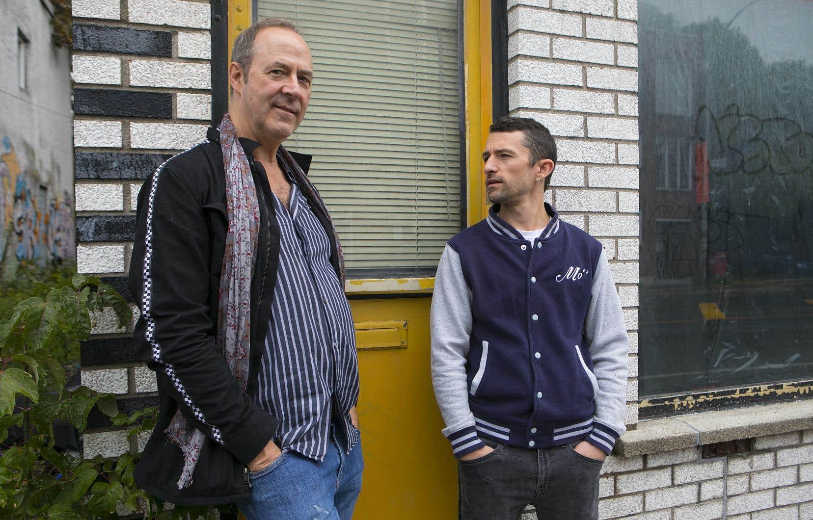 Ces jours-ci, au Quat'Sous, l'auteur Étienne Lepage (à droite) retrouve son premier metteur en scène pour la création de sa plus récente pièce, «Le ravissement». «Il fallait absolument que je trouve du temps pour monter ce texte», a lancé Claude Poissant.