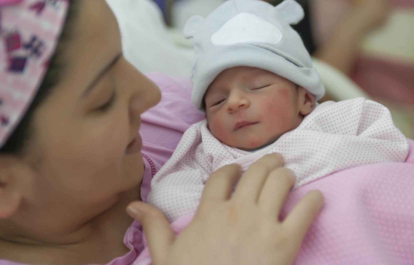 Le cerveau des femmes qui ont eu un enfant est plus jeune que leur âge chronologique, comparativement au cerveau de femmes qui n'ont jamais accouché, ont constaté des chercheurs norvégiens.