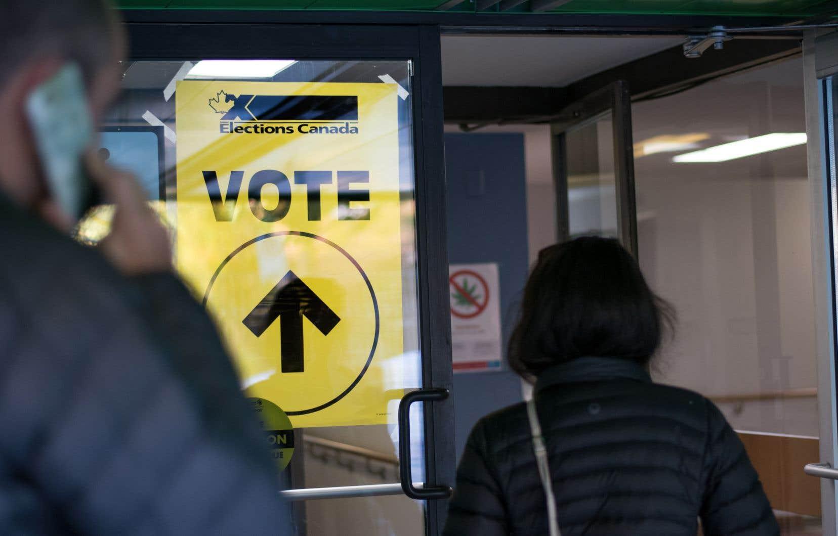 Les Canadiens iront aux urnes, lundi, à l'occasion de la 43eélection générale du pays.