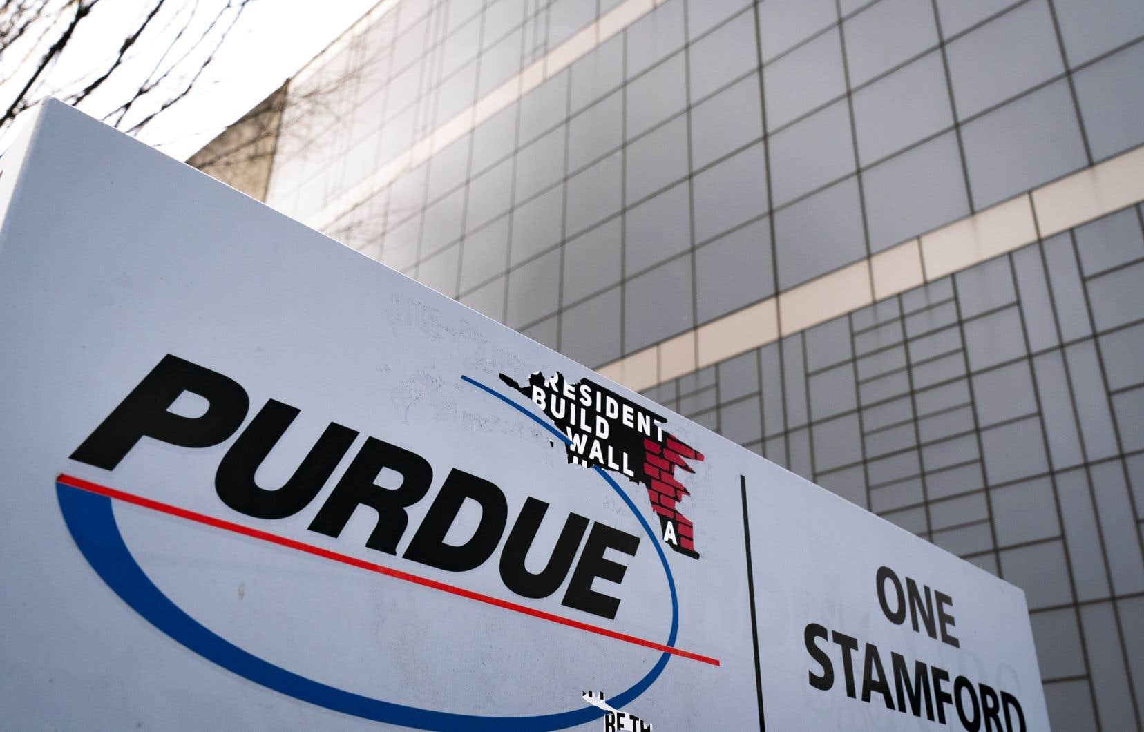 Le laboratoire Purdue, fabriquant du célèbre opiacé OxyContin a vu les plaintes contre lui suspendues depuis qu'il s'est placé en septembre sous la protection de la loi des faillites.