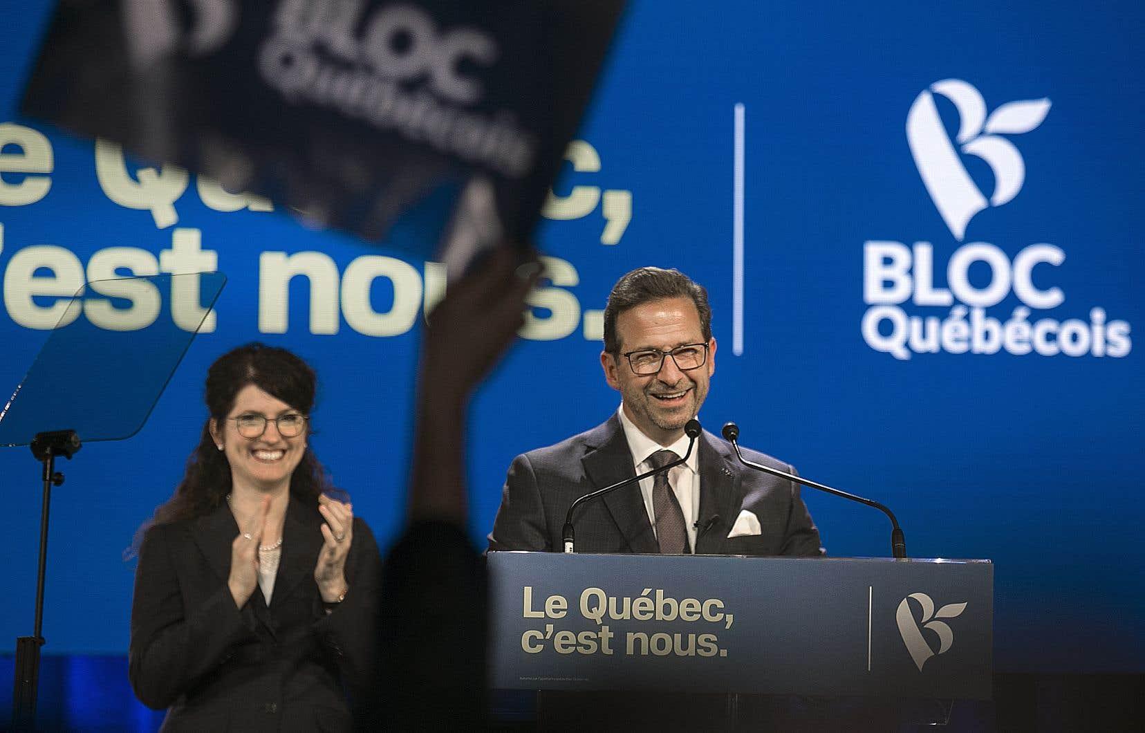 «Si le gouvernement est parlable, le Bloc québécois sera parlable, sauf s'il s'agit de passer davantage de pétrole à travers le Québec», a lancé Yves-François Blanchet devant quelques centaines de militants enthousiastes au Théâtre National, rue Sainte-Catherine, tard lundi soir.