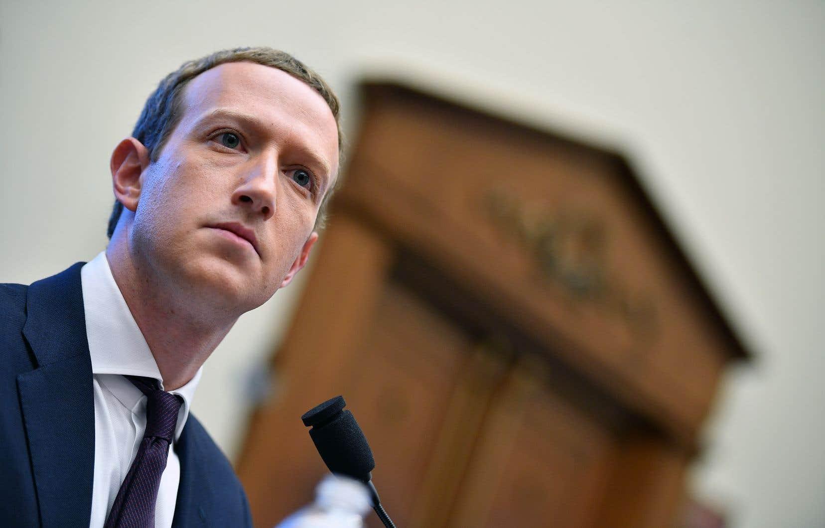 Le patron de Facebook, Mark Zuckerberg, a répondu mercredi à des questions concernant son projet de monnaie virtuelle lors d'une audience devant la Commission parlementaire des services financiers au Congrès américain.