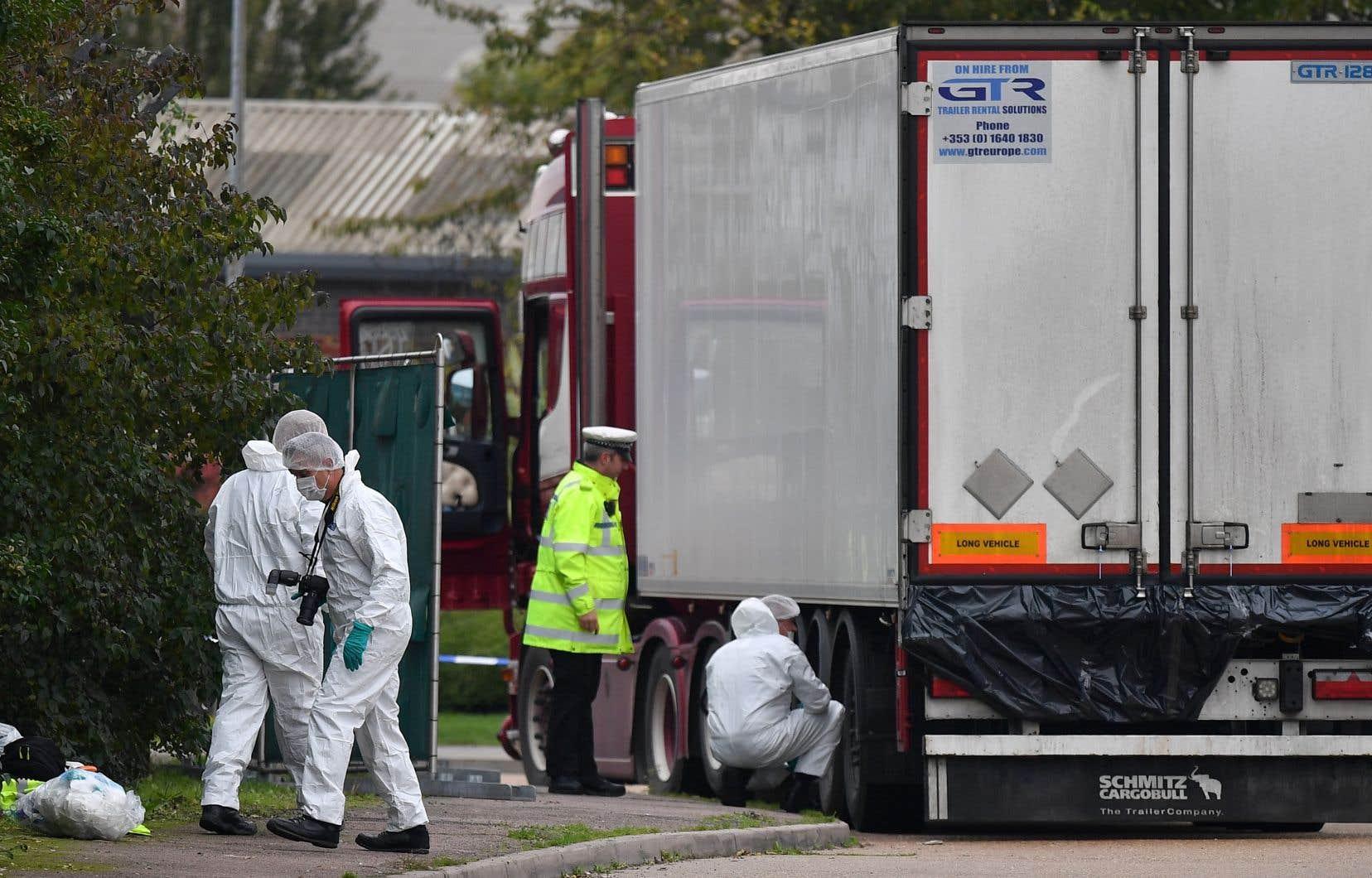 Mercredi, la police avait été alertée de la présence d'un camion contenant 39 corps sans vie dans une zone industrielle à Grays, dans l'Essex.