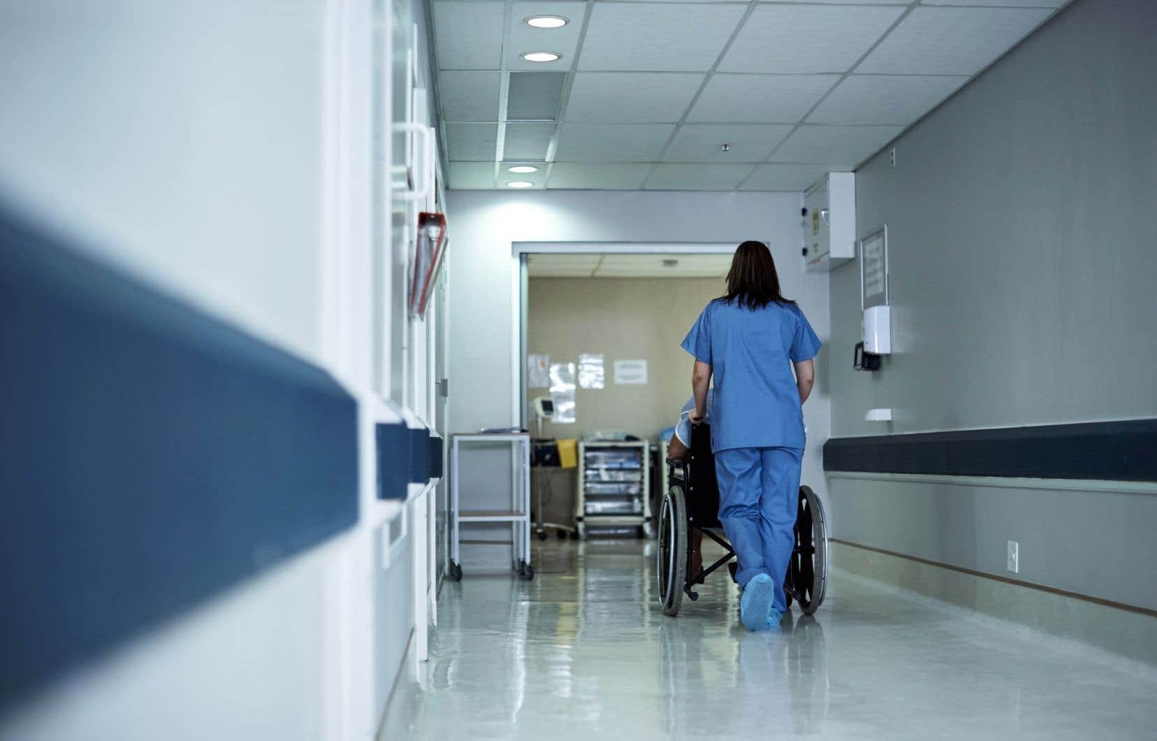 C'est avec l'APTS que les infirmières ont décidé de s'allier dans un premier temps.