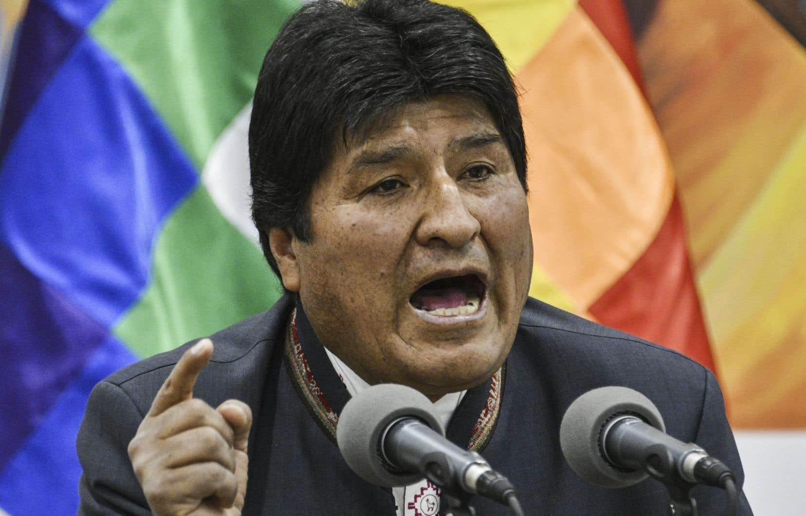 Premier président autochtone des Amériques, Evo Morales semble transgresser les règles démocratiques pour protéger la modernité qu'il a instaurée en Bolivie au cours des 13 dernières années.