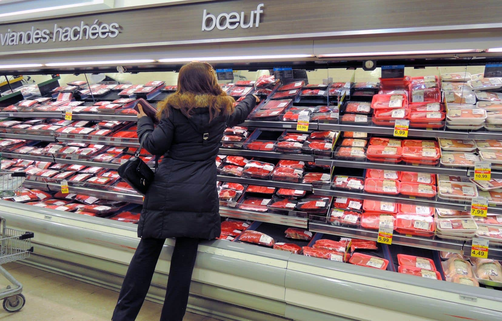 «Les émissions de GES qui découlent de la production d'un kilogramme de bœuf peuvent représenter jusqu'à 140 fois celles d'un kilogramme de légumineuses», estiment les auteurs.