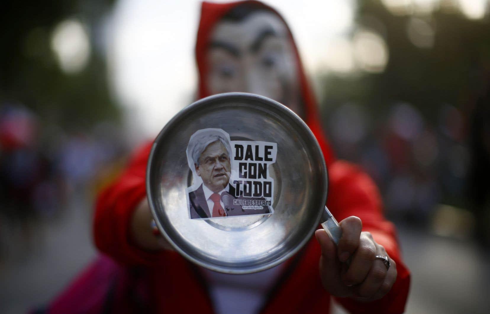 Le Chili est en proie depuis le 18 octobre à une vague de contestation sociale inédite depuis la fin de la dictature d'Augusto Pinochet.