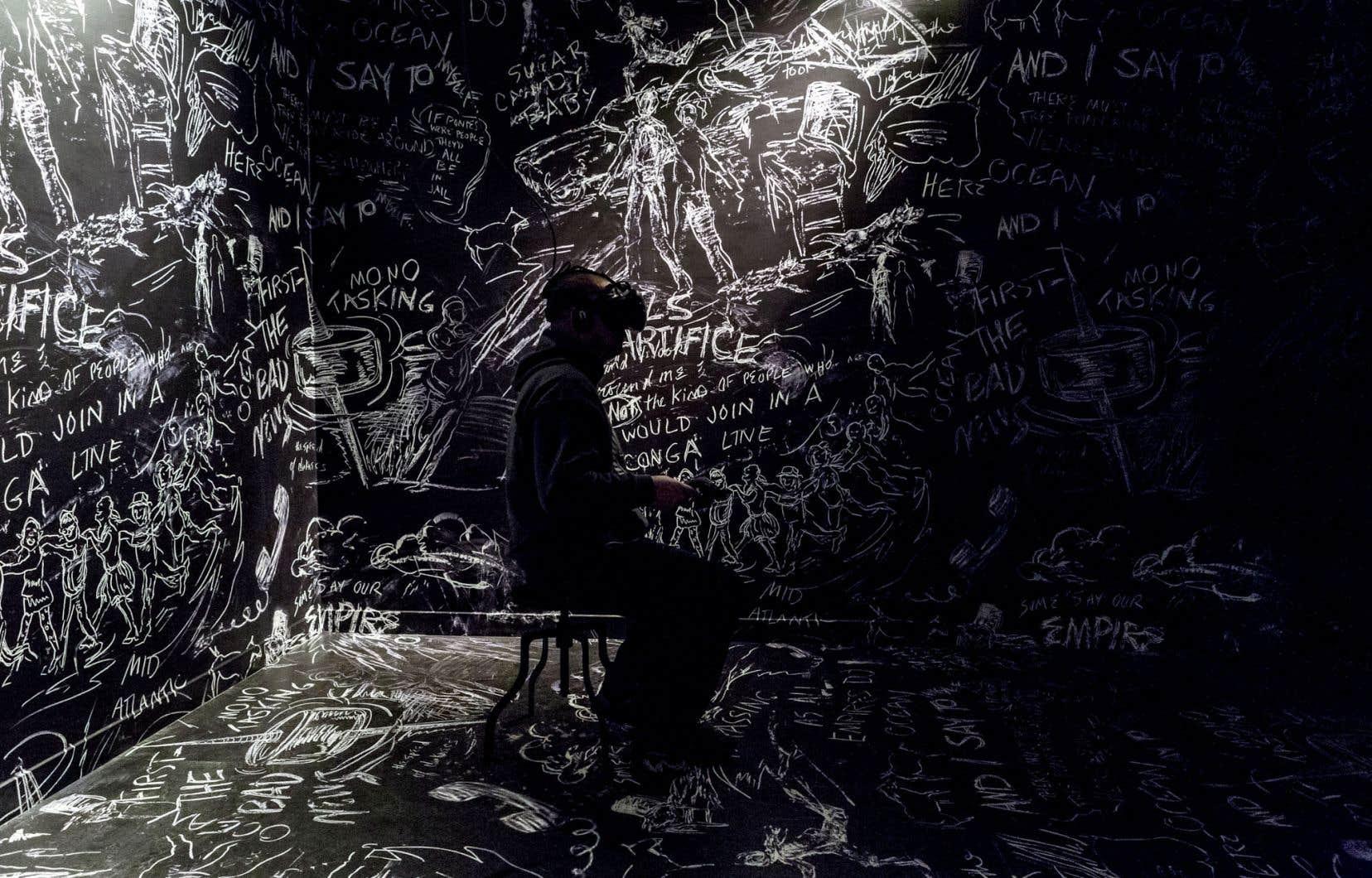 L'Américaine Laurie Anderson livre avec le Taïwanais Hsin-Chien Huang une trilogie où, une fois le casque enfilé, le visiteur peut planer abondamment, d'abord dans «Chalkroom», un univers sombre barbouillé à la craie.