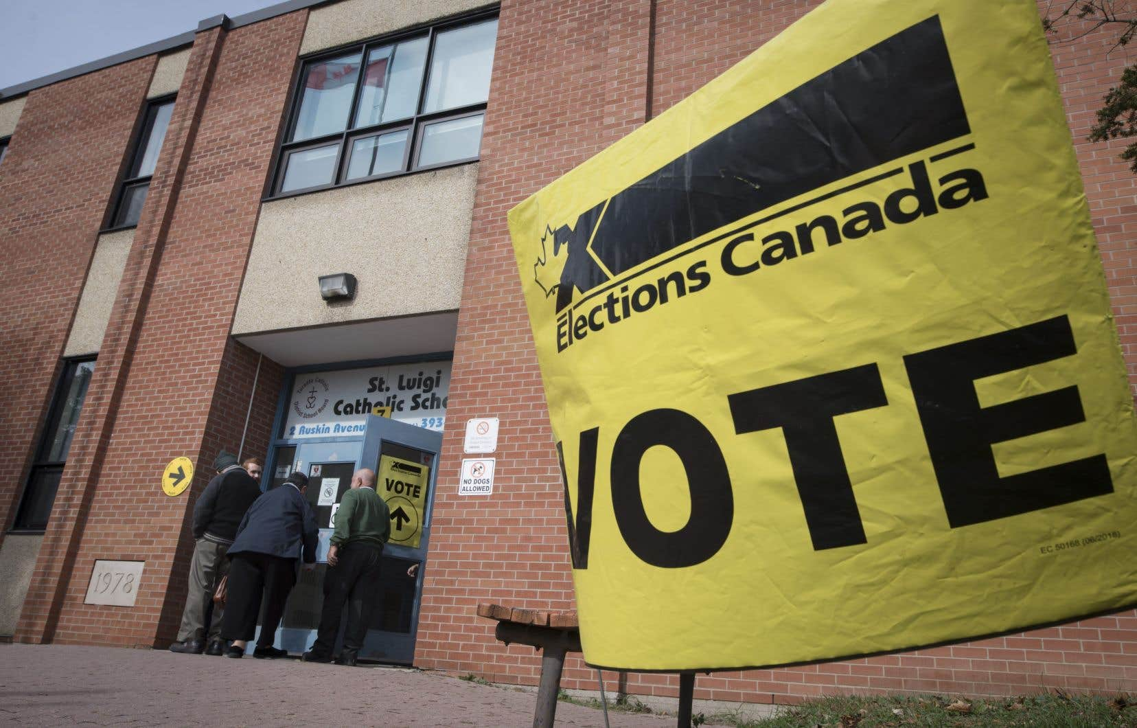 Même si le vote stratégique a été un facteur dans le scrutin, il n'a pas été la motivation principale de la plupart des électeurs, indique aussi le sondage.