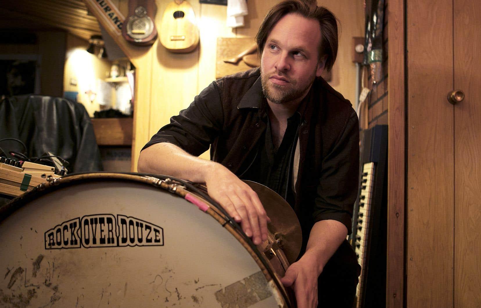 Stéphane Truchon, alias Travelling Headcase, s'est évertué à dompter un tambour bidouillé, doté de cymbales et d'un paquet de pédales d'effets.