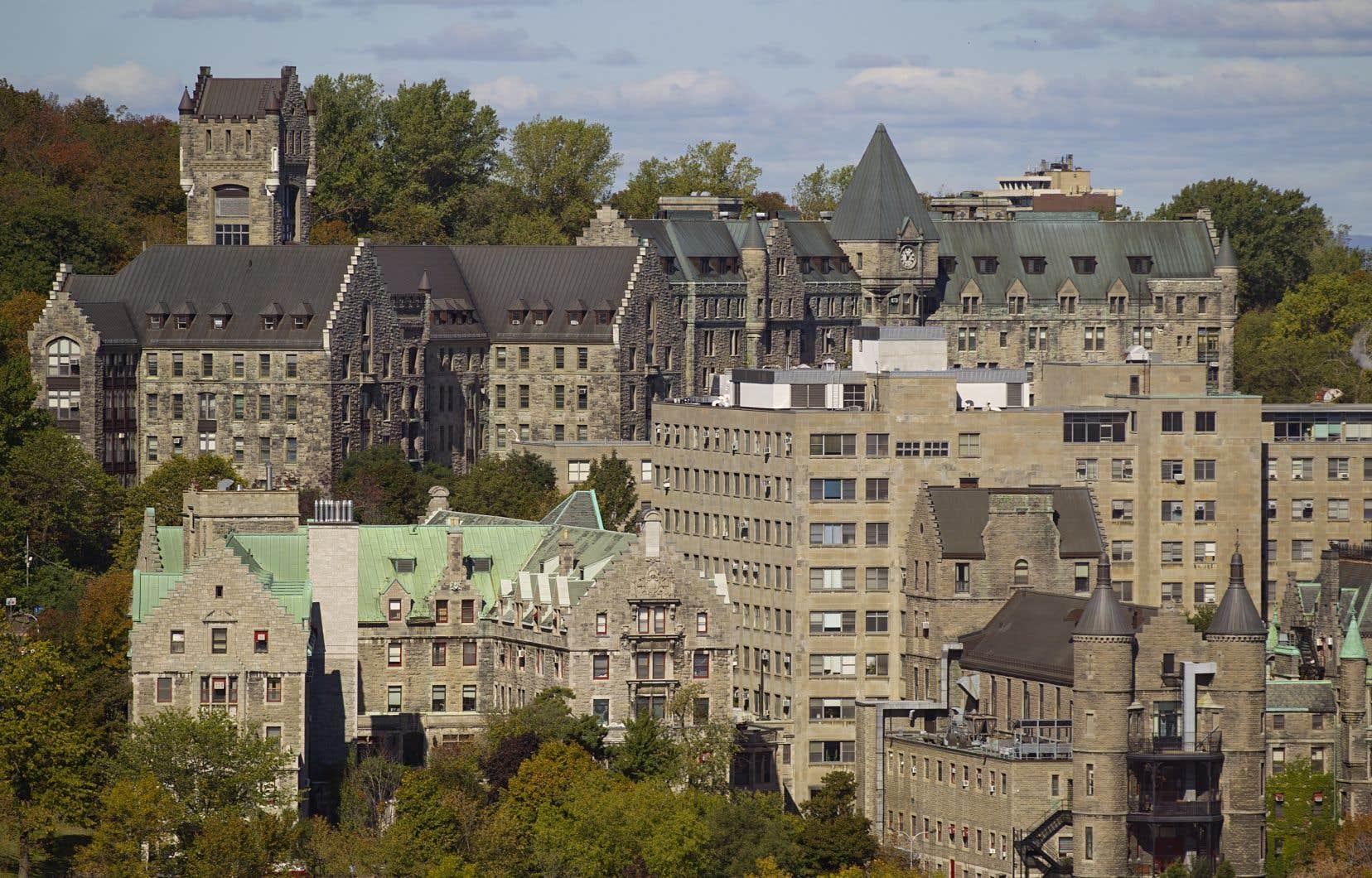 La Ville de Montréal convoite les terrains inutilisés de l'ancien hôpital Royal Victoria pour agrandir le parc du Mont-Royal.