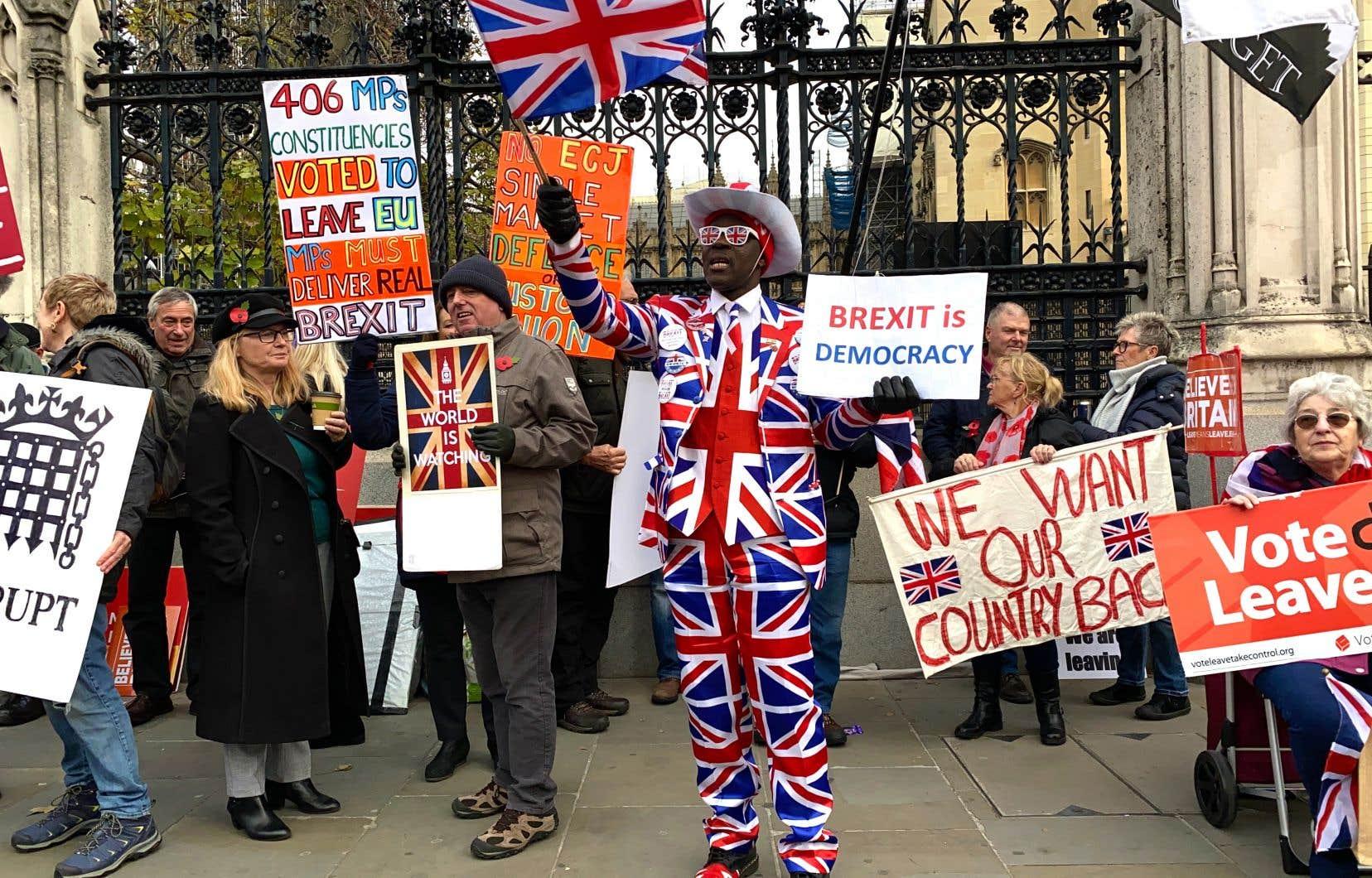 Même si leur programme est parfois teinté d'impérialisme, le slogan des «leavers» britanniques, «Take back control», pourrait tout aussi bien convenir aux souverainistes québécois.