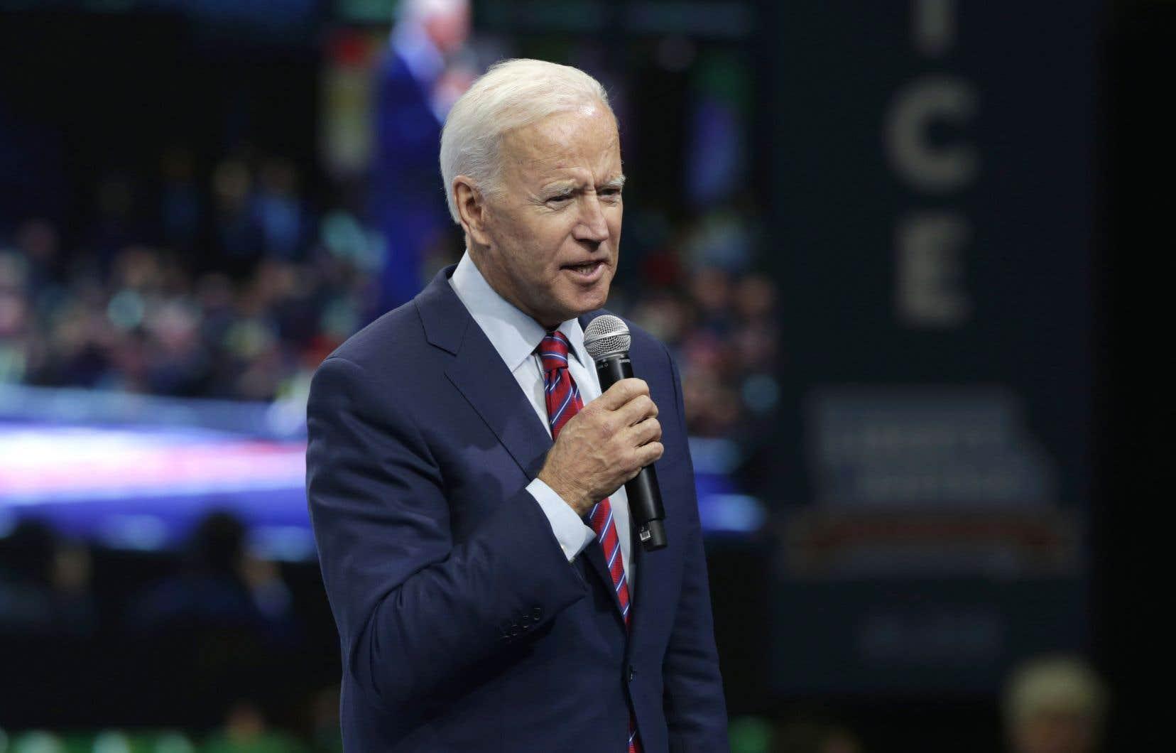 Le candidat à l'investiture démocrate Joe Biden