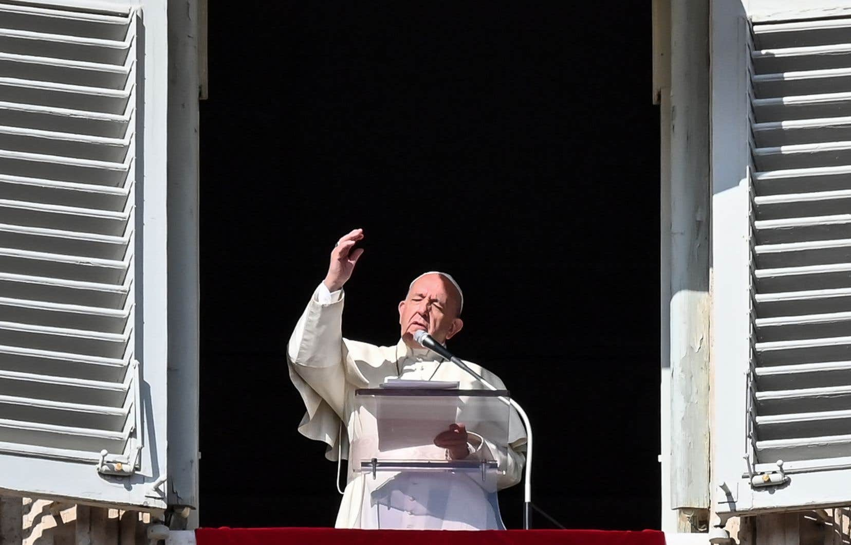 Le pape François a prononcé son message dimanche sur la place Saint-Pierre après la traditionnelle prière de l'angélus.