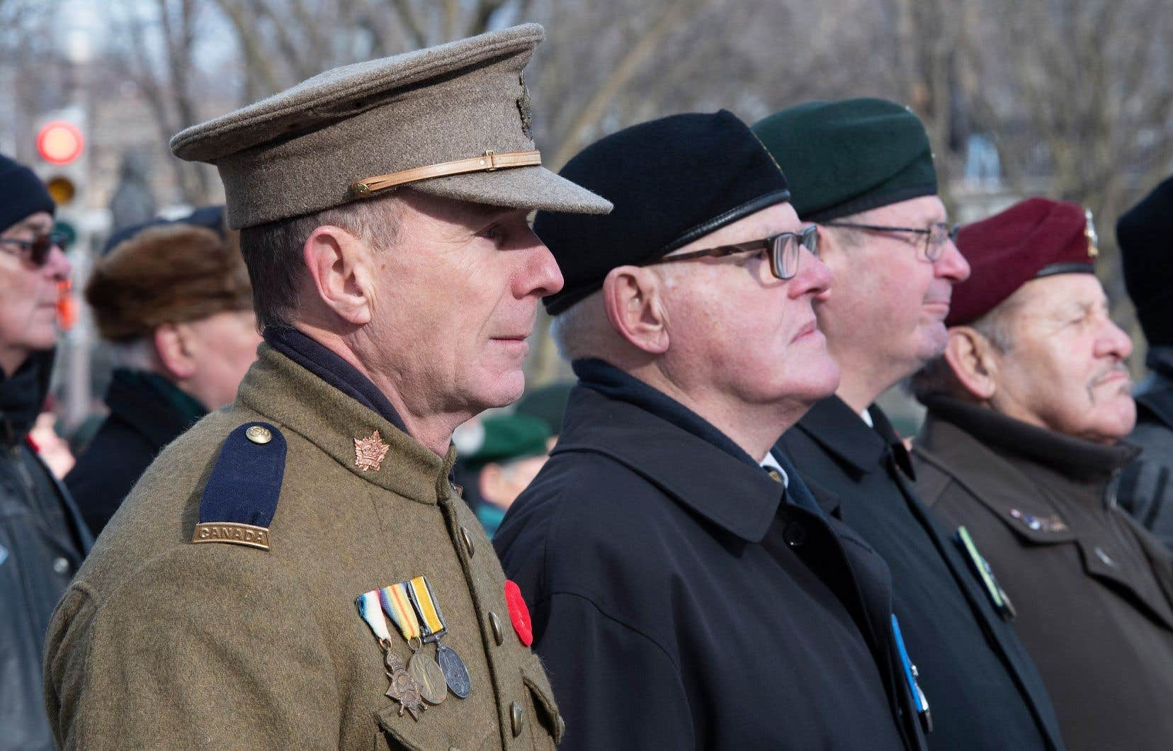 Gary Lynch, un ancien combattant, a pris part aux cérémonies du jour du Souvenir à Québec vêtu de l'uniforme porté par son grand-père pendant la Première Guerre mondiale.