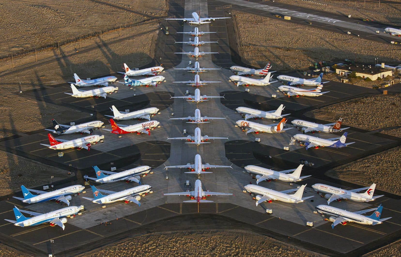 Des appareils Boeing 737 MAX stationnés à l'aéroport international Grant County de Moses Lake, dans l'État de Washington.