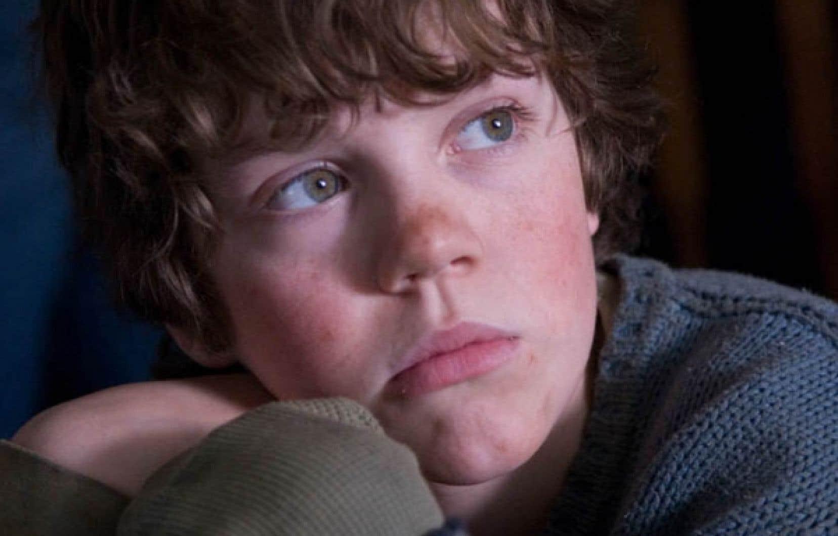 Le jeune comédien Robert Naylor dans une scène du film 10 1/2.<br />