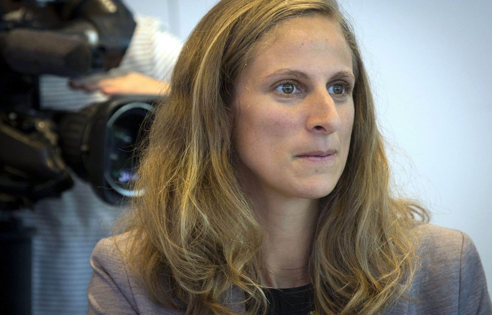 Christine Labrie, députée solidaire de Sherbrooke, affirme être «si régulièrement témoin de paroles ou d'événements choquants» qu'elle craint que sa «capacité à s'indigner s'use».