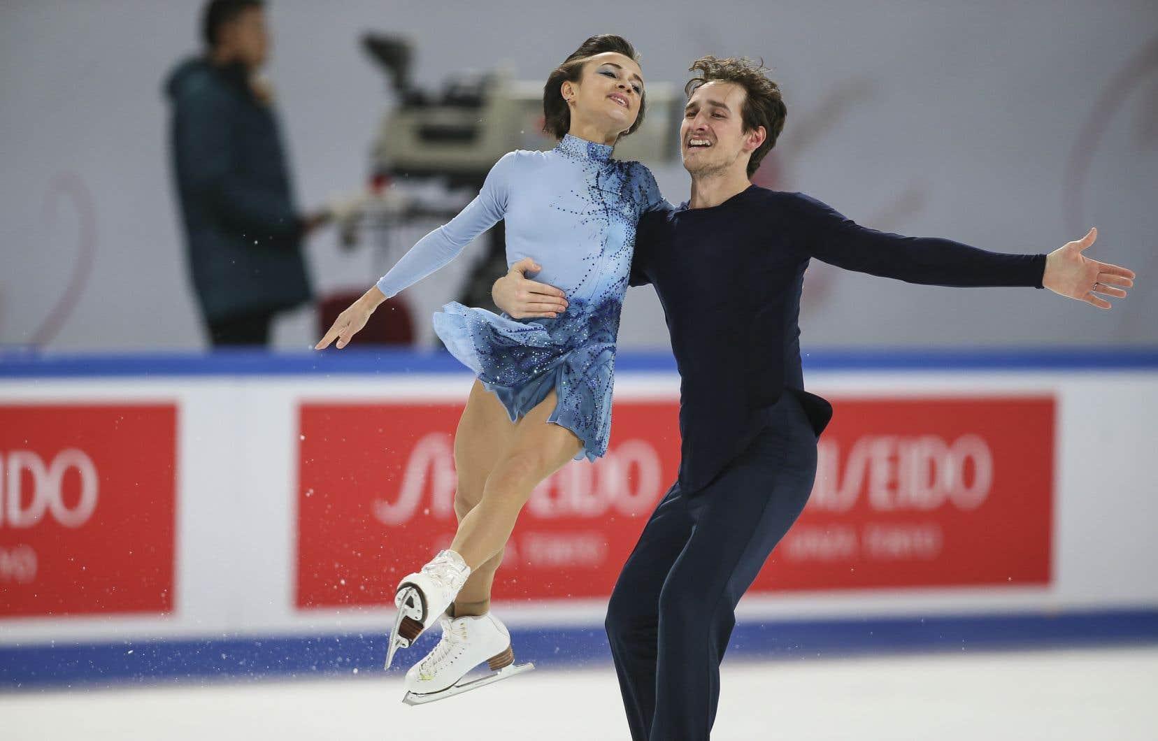 CharlieBilodeau etLubovIlyushechkina,qui habite et s'entraîne à Montréal, espèrent représenter le Canada aux JO de Pékin en 2022.