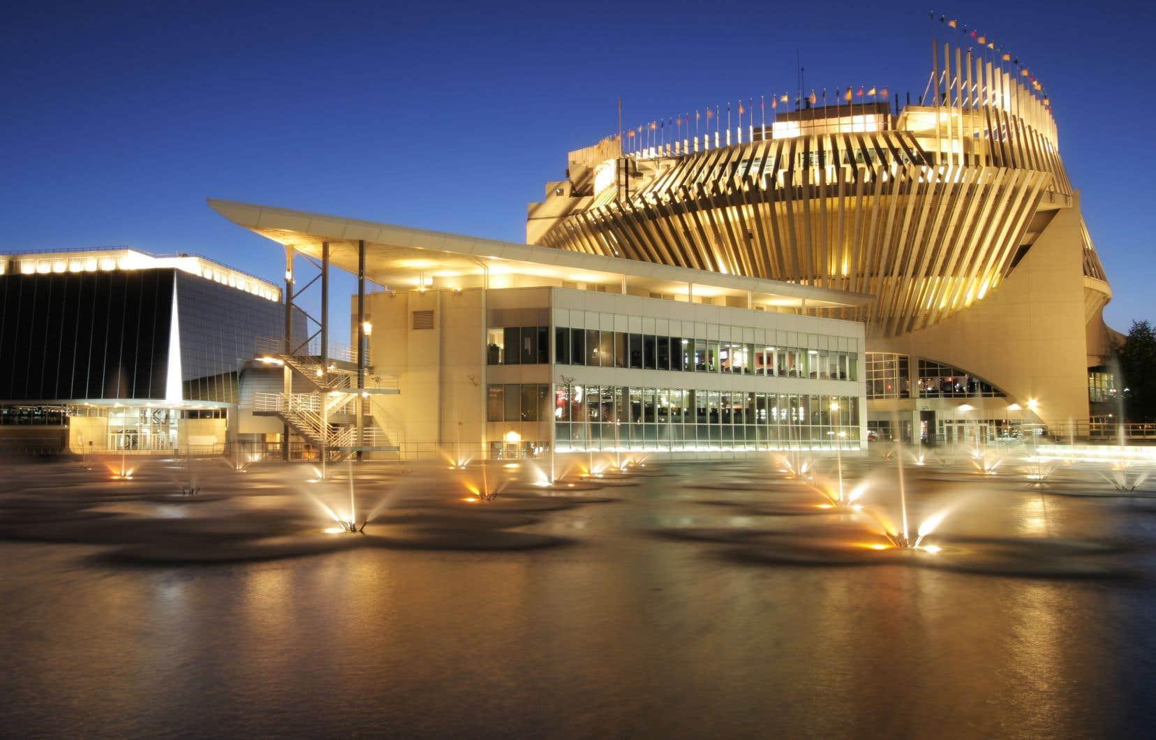 Ouvert en décembre 2016 à l'intérieur des murs du Casino de Montréal, L'Atelier Joël Robuchon opère en effet sur le territoire québécois sous une marque de commerce dûment enregistrée au Luxembourg.