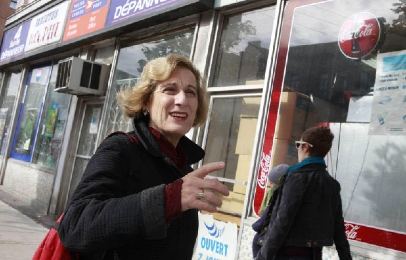 Sherry Simon, professeure et chercheuse au Département d'études françaises de l'Université Concordia. Pour elle, dans une ville comme Montréal, les traducteurs sont d'inestimables guides.<br />