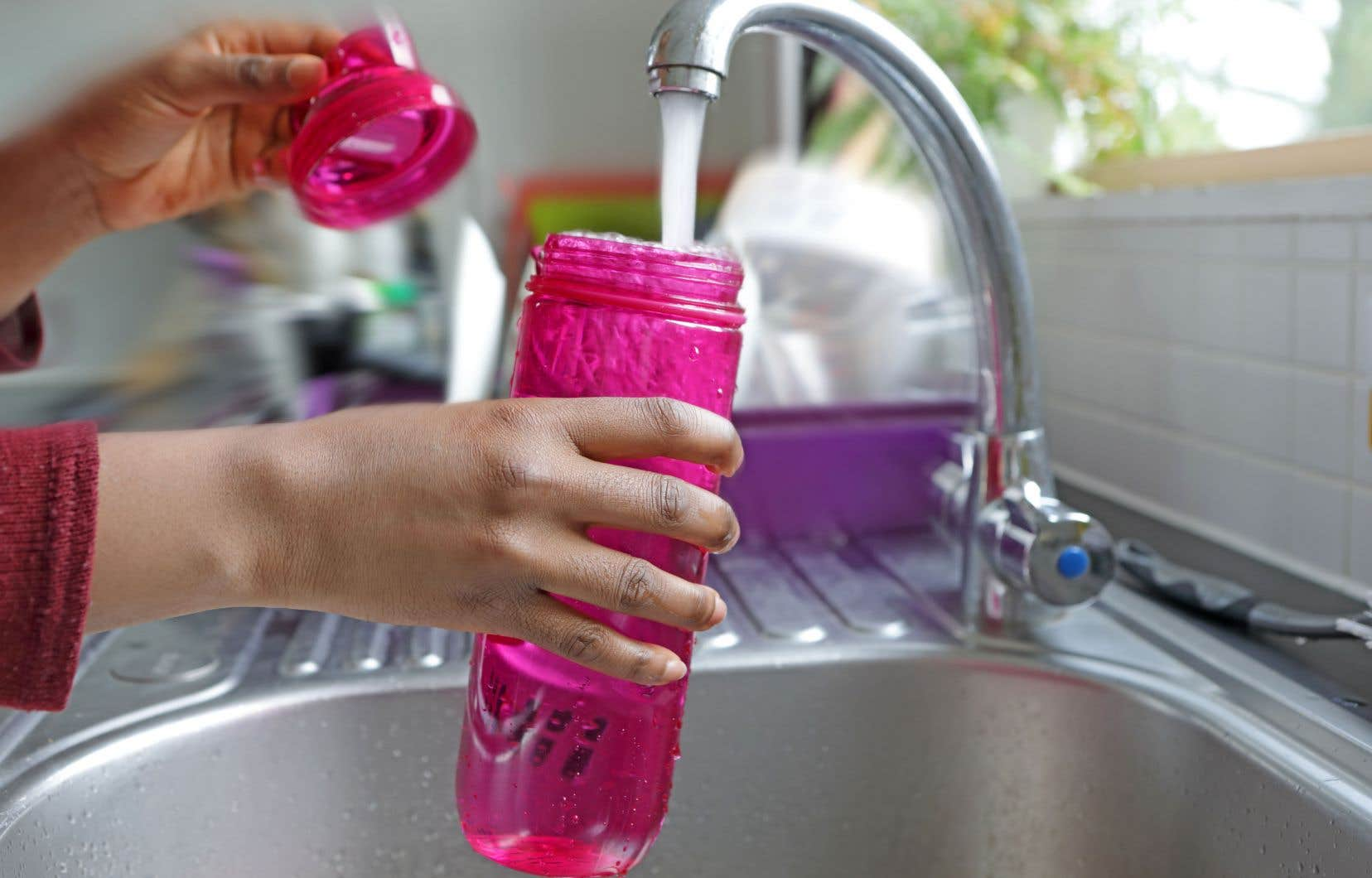 Dans les dernières semaines, plusieurs enquêtes ont montré que les niveaux de plomb dans l'eau de certaines municipalités dépassaient largement le degré de toxicité acceptable.