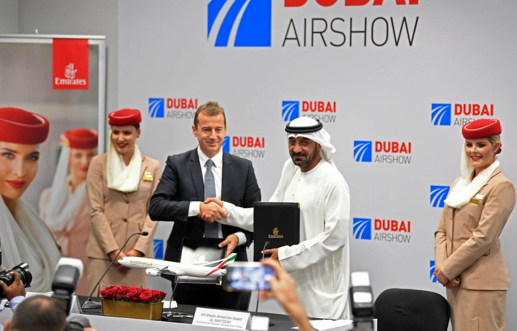 Lundi, la compagnie de Dubaï, Emirates a annoncé une commande ferme de 16milliards pour l'achat de 50 Airbus A350-900.