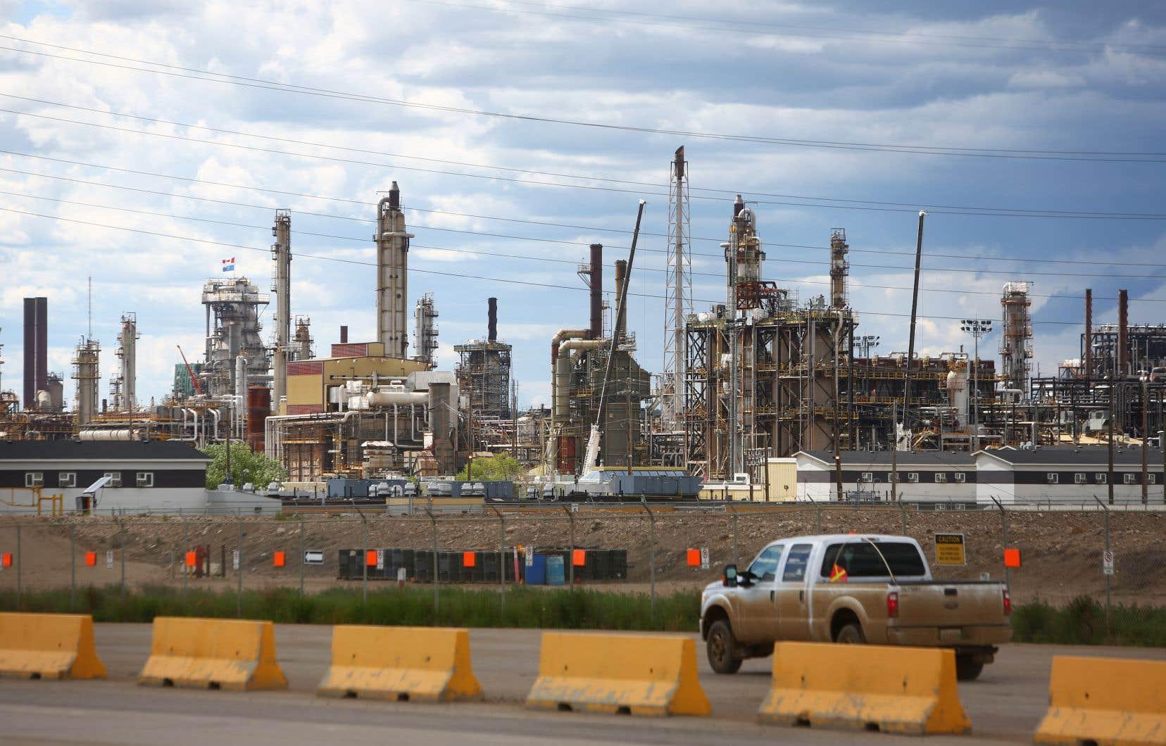 Tant pour le pétrole que pour le gaz naturel, l'exploitationd'énergies fossiles est appelée à croître au Canada.