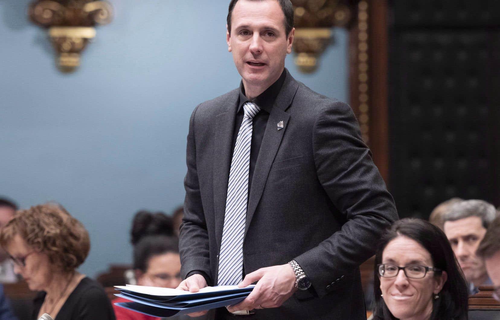 Le ministre de l'Éducation et de l'Enseignement supérieur, Jean-François Roberge, a toujours espoir de faire adopter le projet de loi 40 d'ici la fin de l'année.