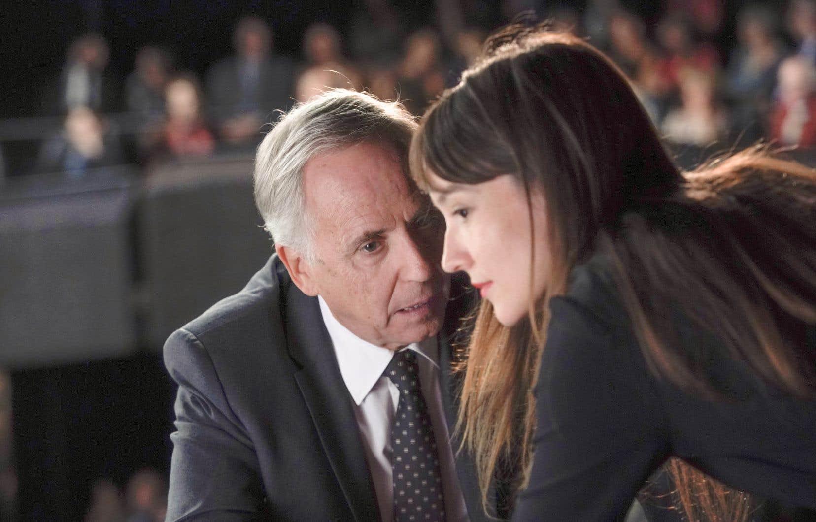 Alice (brillante Anaïs Demoustier) et Paul (Fabrice Luchini, parfait dans ce contre-emploi de personnage «éteint»)