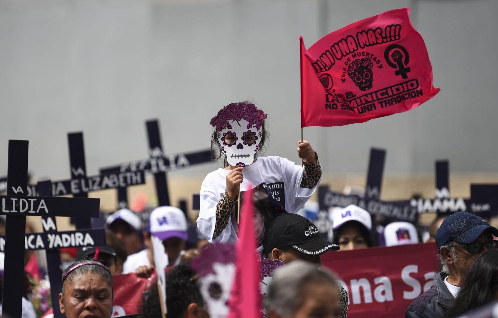 Le Mexique est considéré comme l'un des pays les plus violents au monde, notamment pour les femmes, avec le chiffre le plus élevé de féminicides en Amérique latine.
