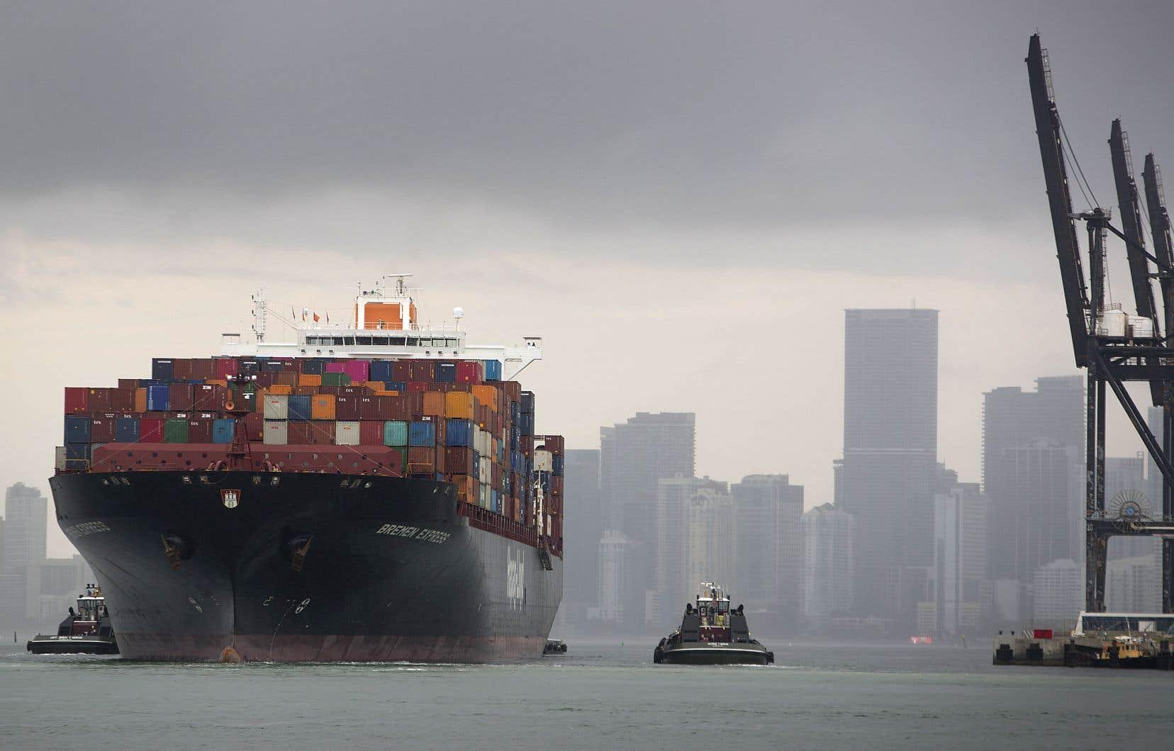 Les dommages infligés à l'économie mondiale pourraient être plus grands encore s'il venait au président américain Donald Trump l'envie d'ouvrir un énième front à sa guerre commerciale contre le reste du monde.