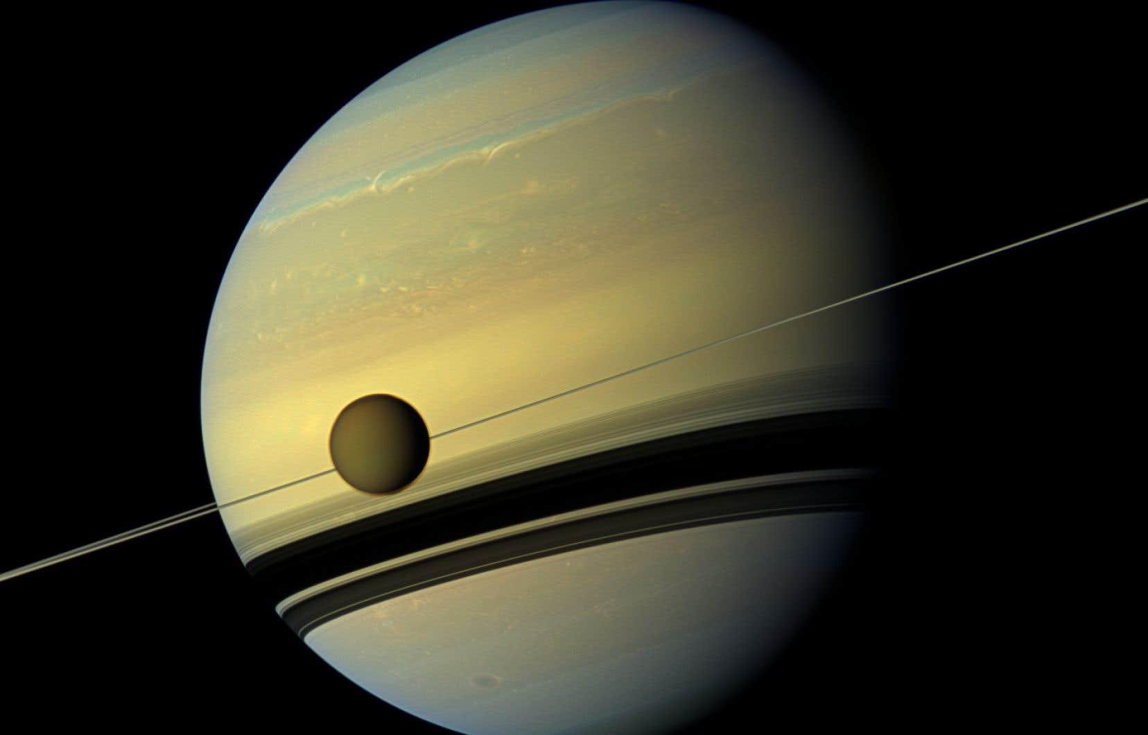 En combinant des données de différents instruments de la mission <em>Cassini</em>, les chercheurs ont pu répertorier six principaux terrains géologiques sur Titan.
