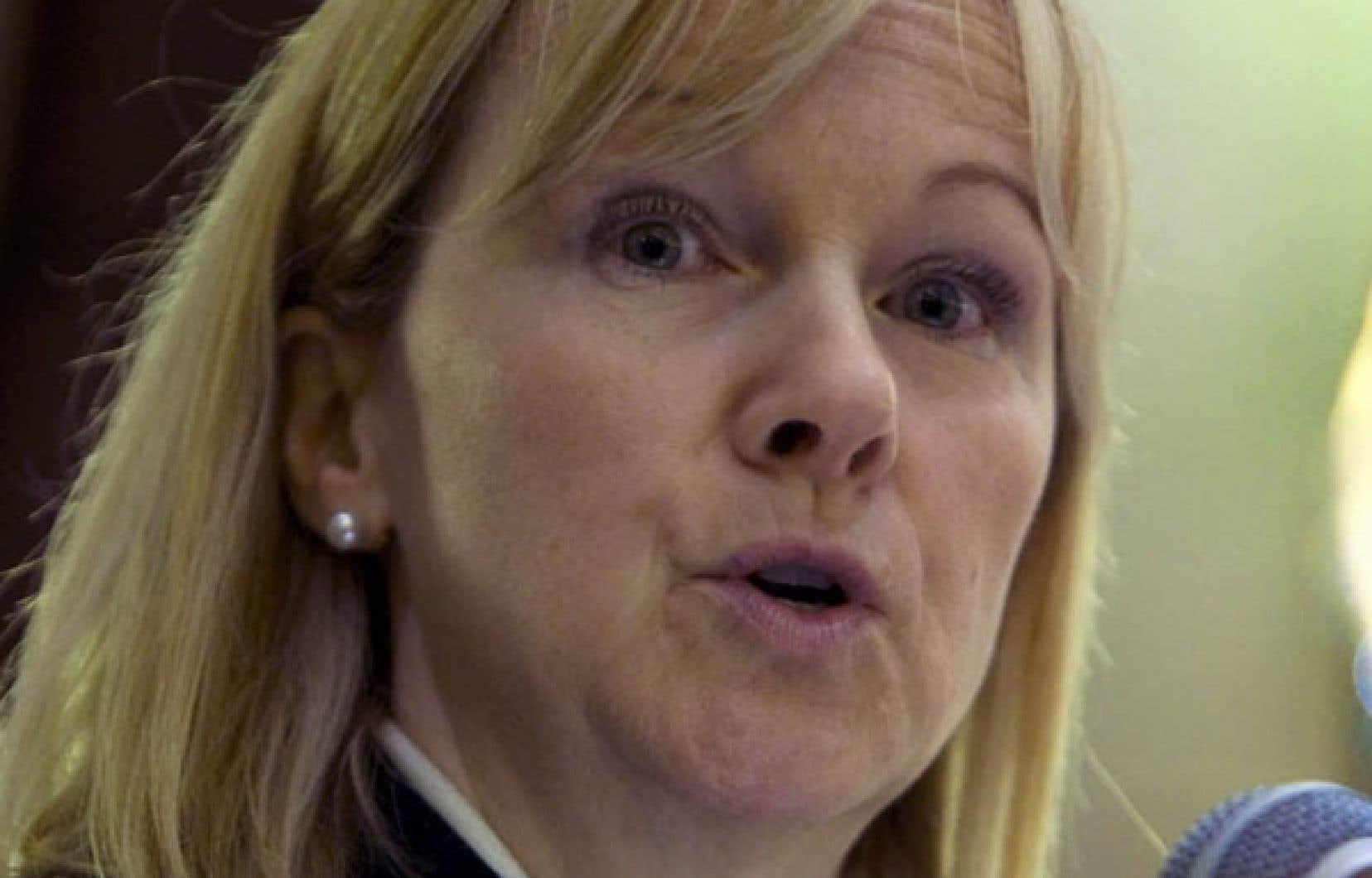Julie Dickson, surintendante des institutions financières, ne croit pas aux recettes miracles.<br />